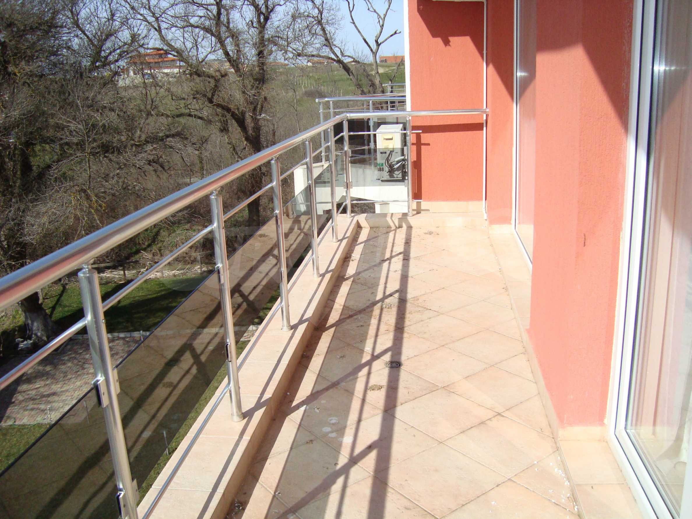 One-bedroom apartment in Emberli complex in Lozenets 11