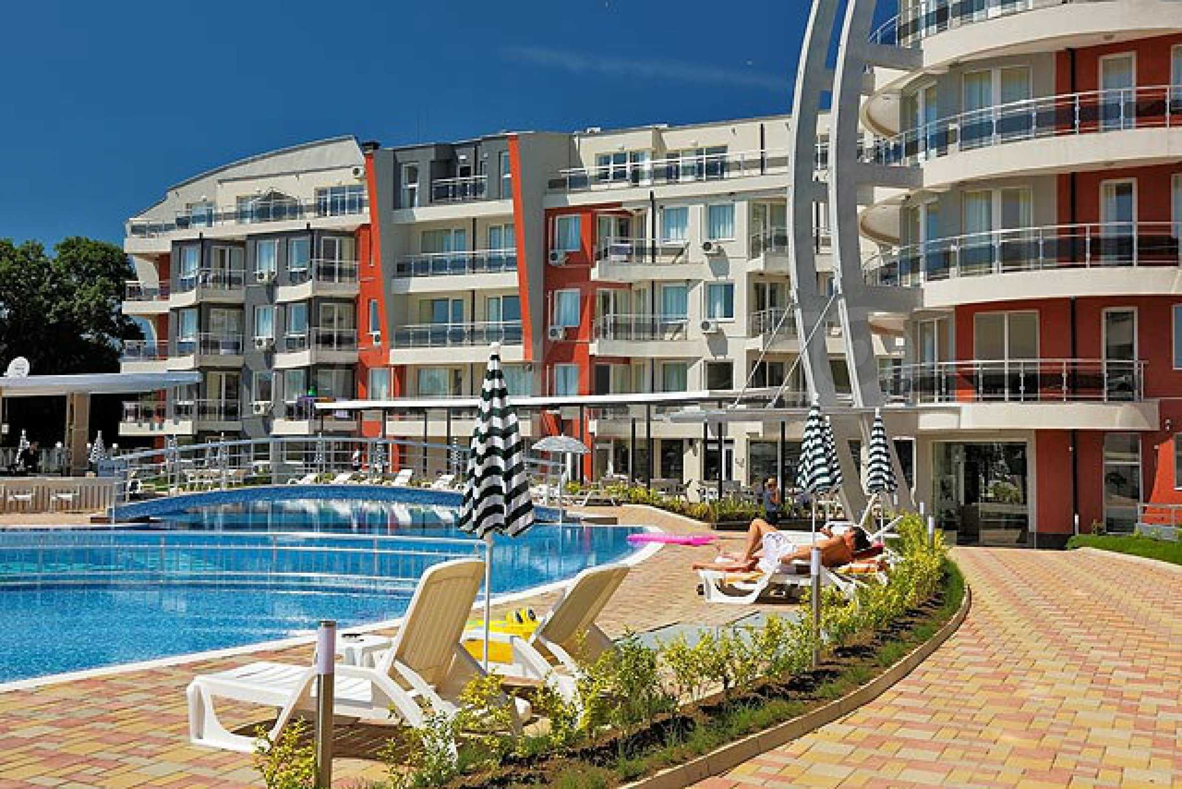 One-bedroom apartment in Emberli complex in Lozenets 20