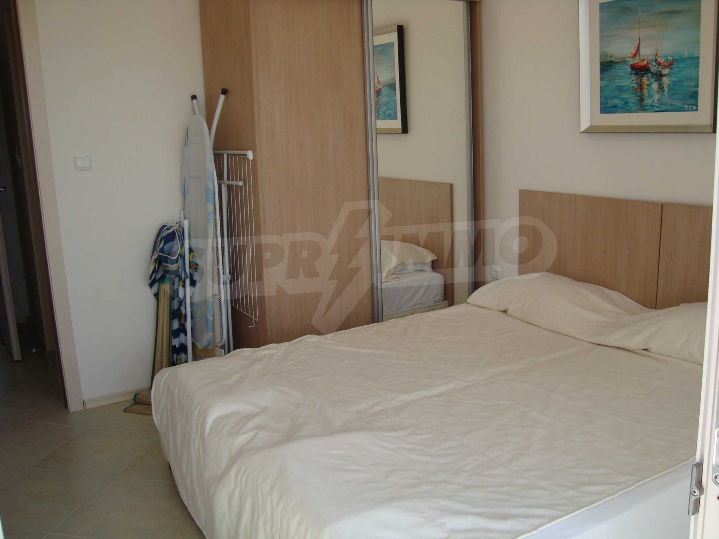One-bedroom apartment in Emberli complex in Lozenets 5