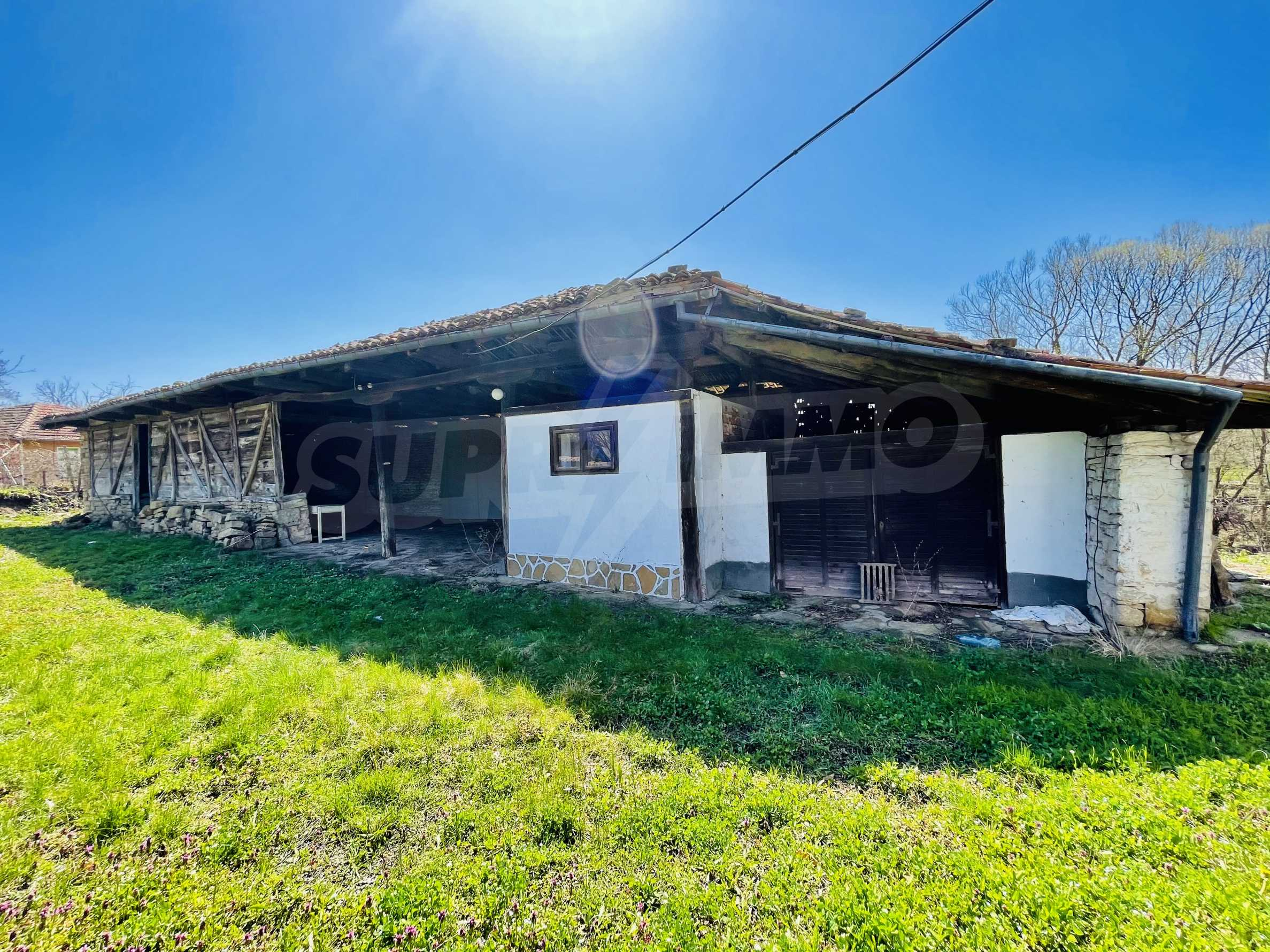Two houses in a large yard only 15 km from Veliko Tarnovo 23