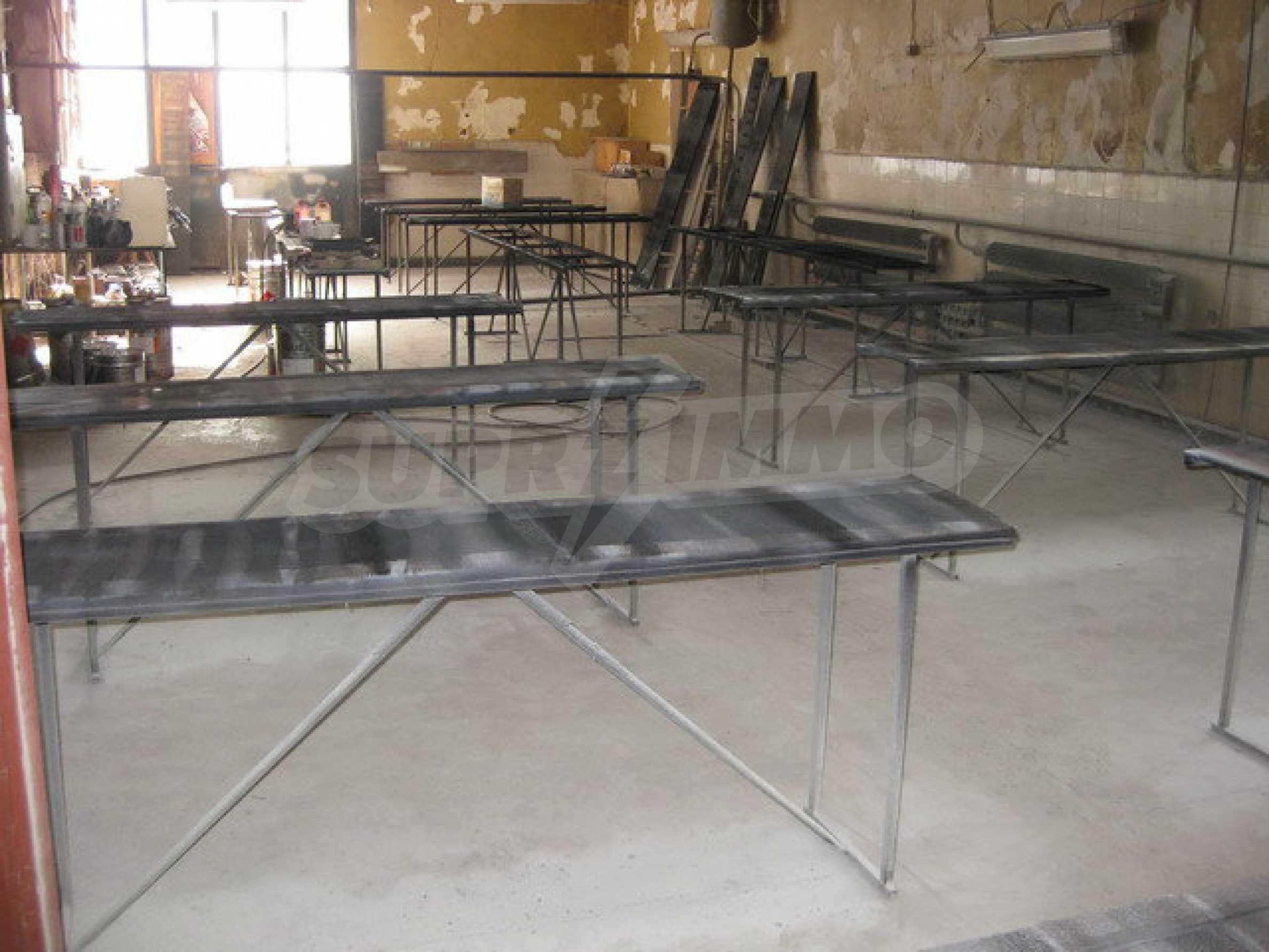 Фабрика по производству мебели в Габрово 13