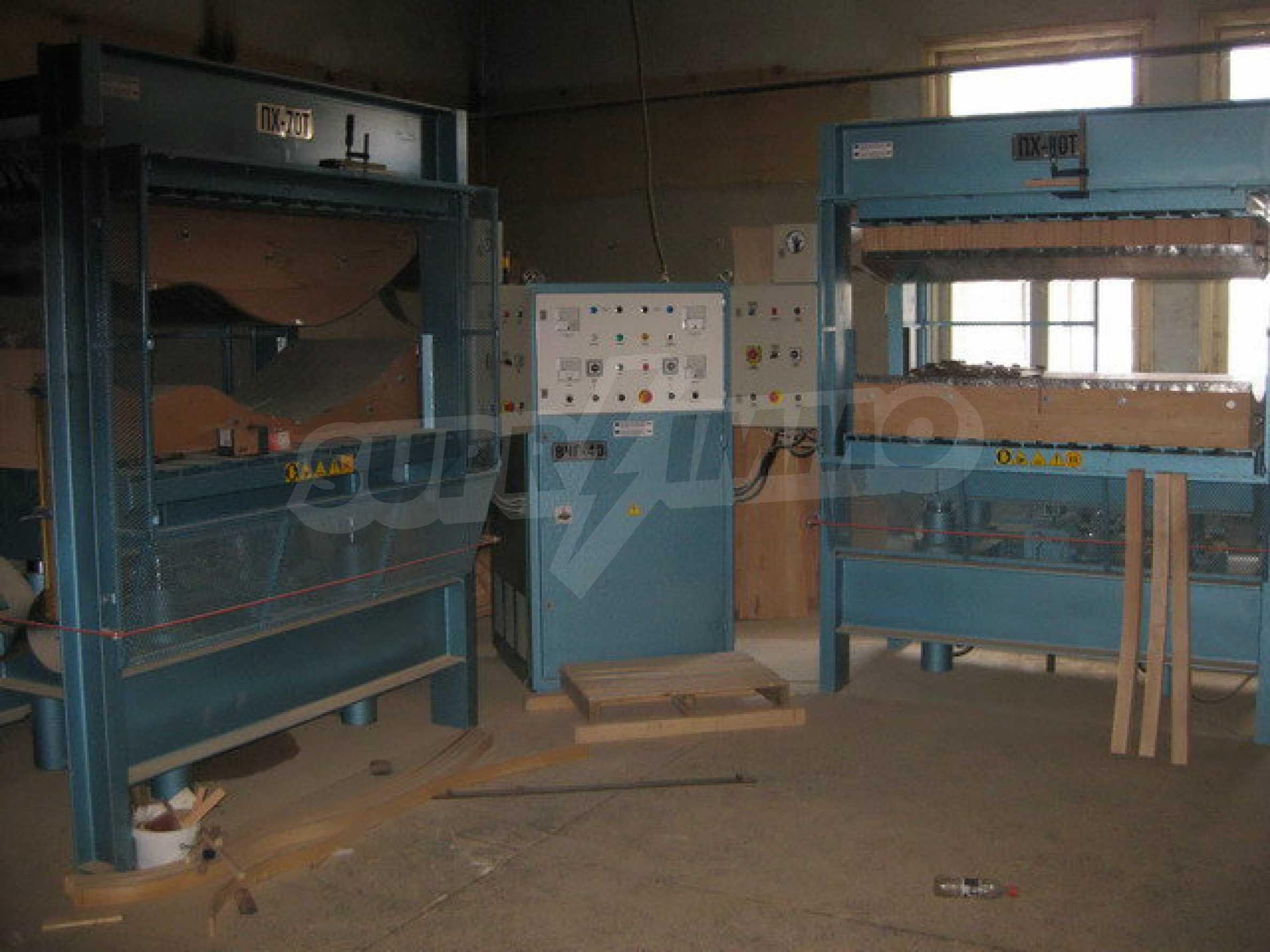 Фабрика по производству мебели в Габрово 5