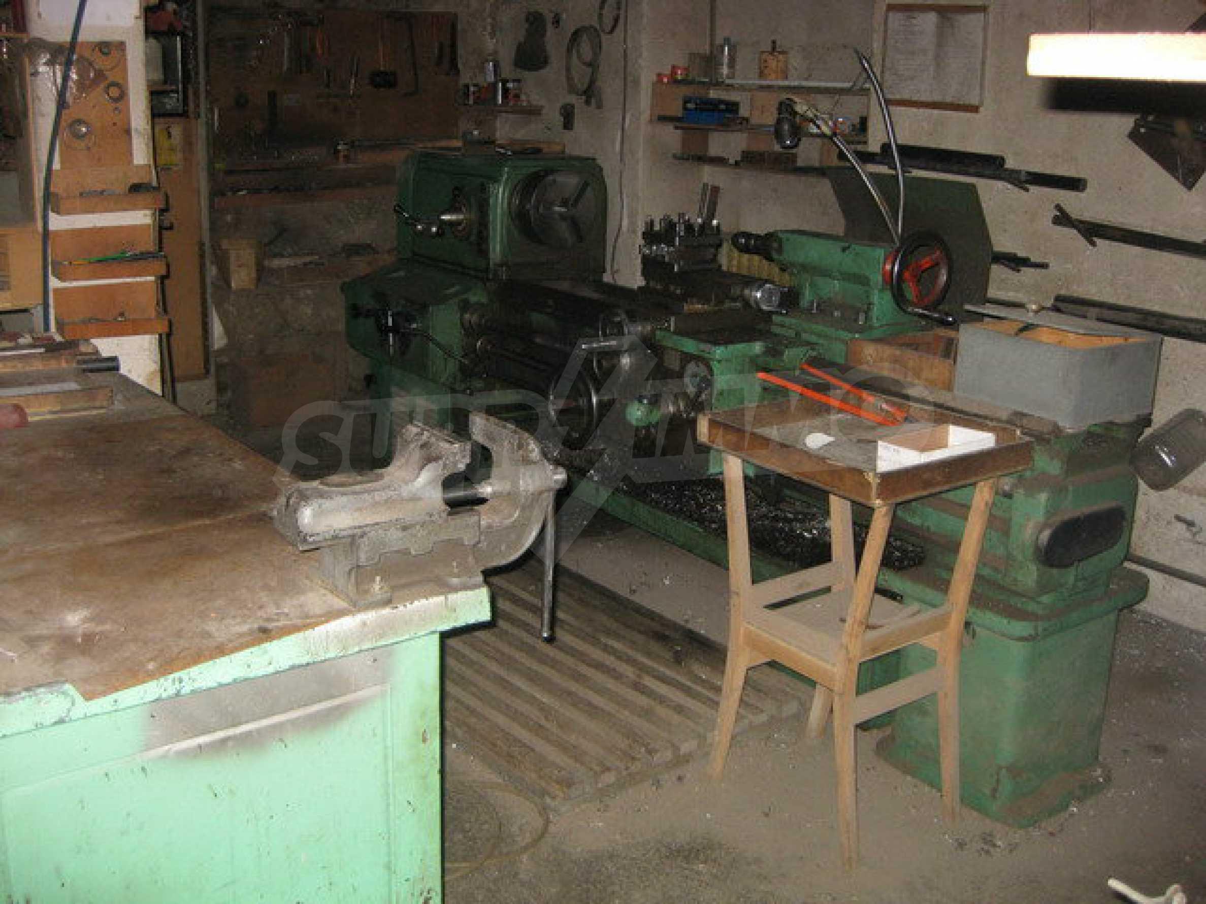 Фабрика по производству мебели в Габрово 8