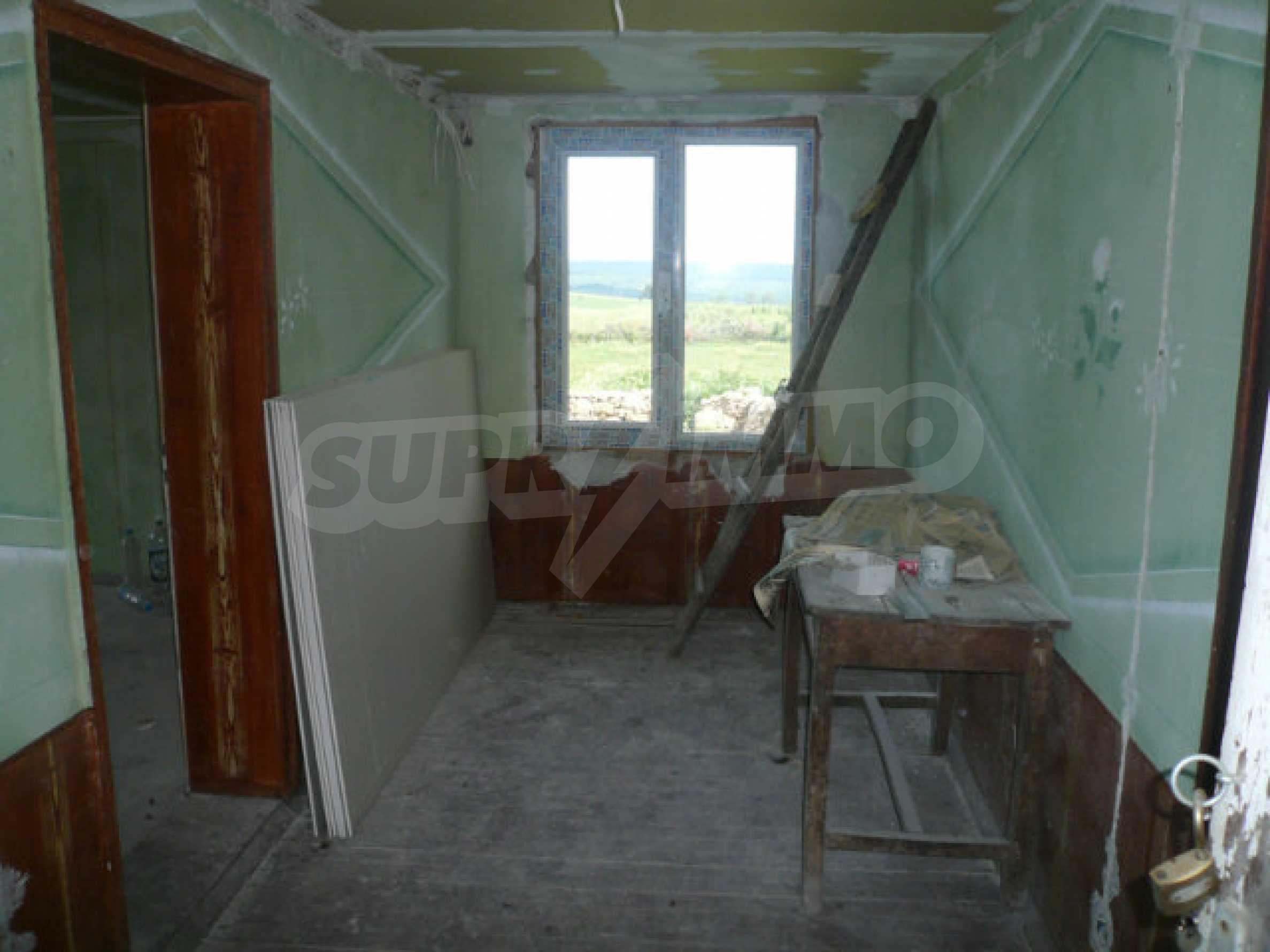 Well-sized house and garden near Vidin 7