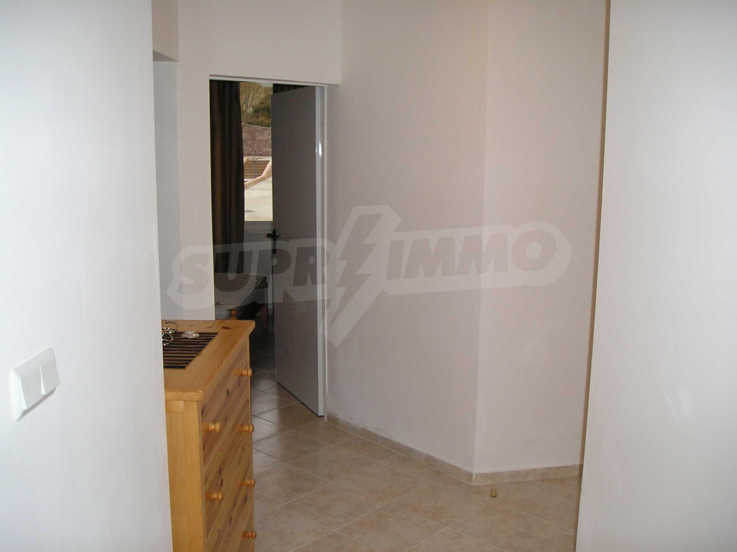 One-bedroom apartment in Sunset Apartments 1 in Kosharitsa 9
