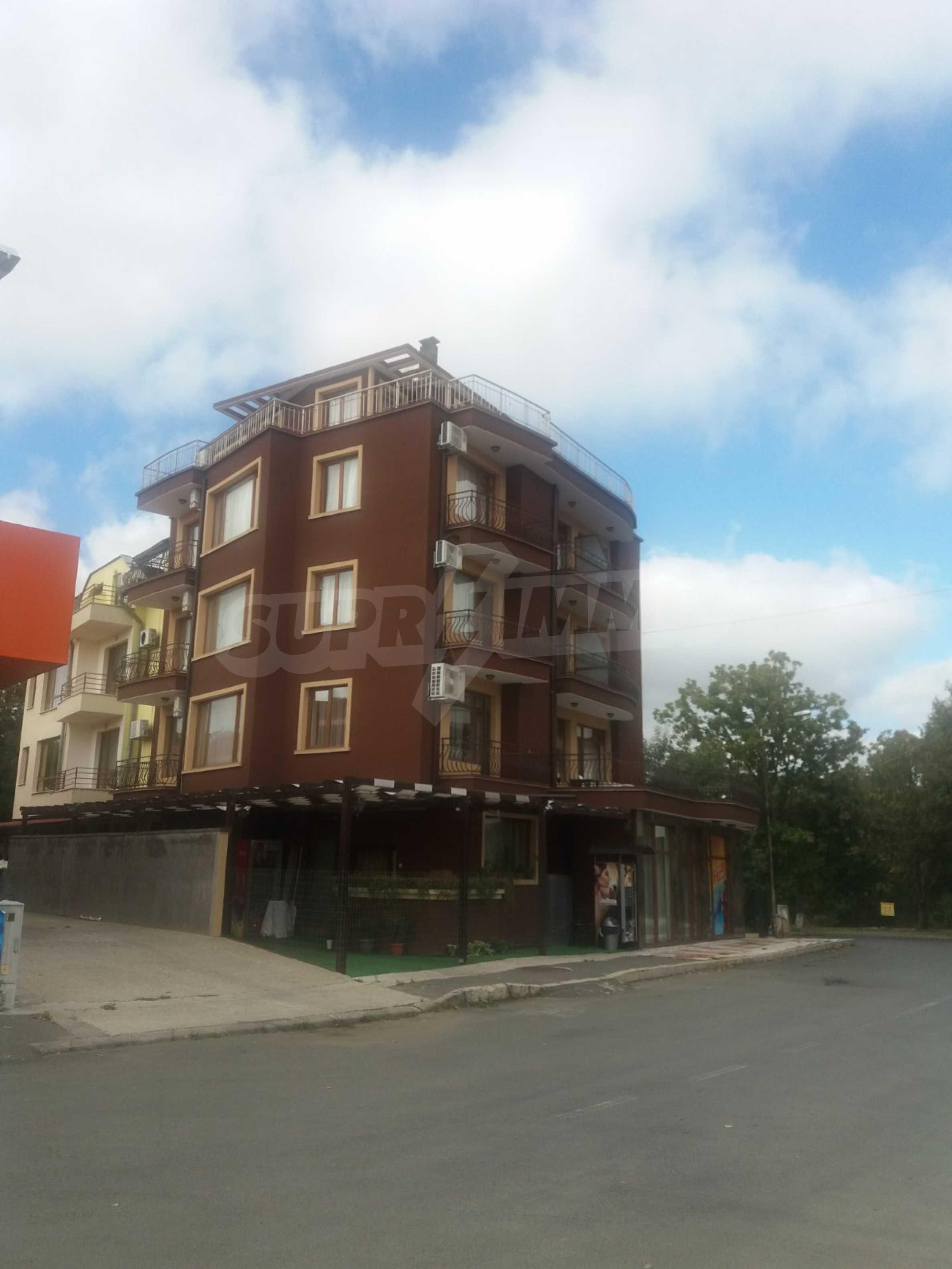 Хотел в центъра на Приморско