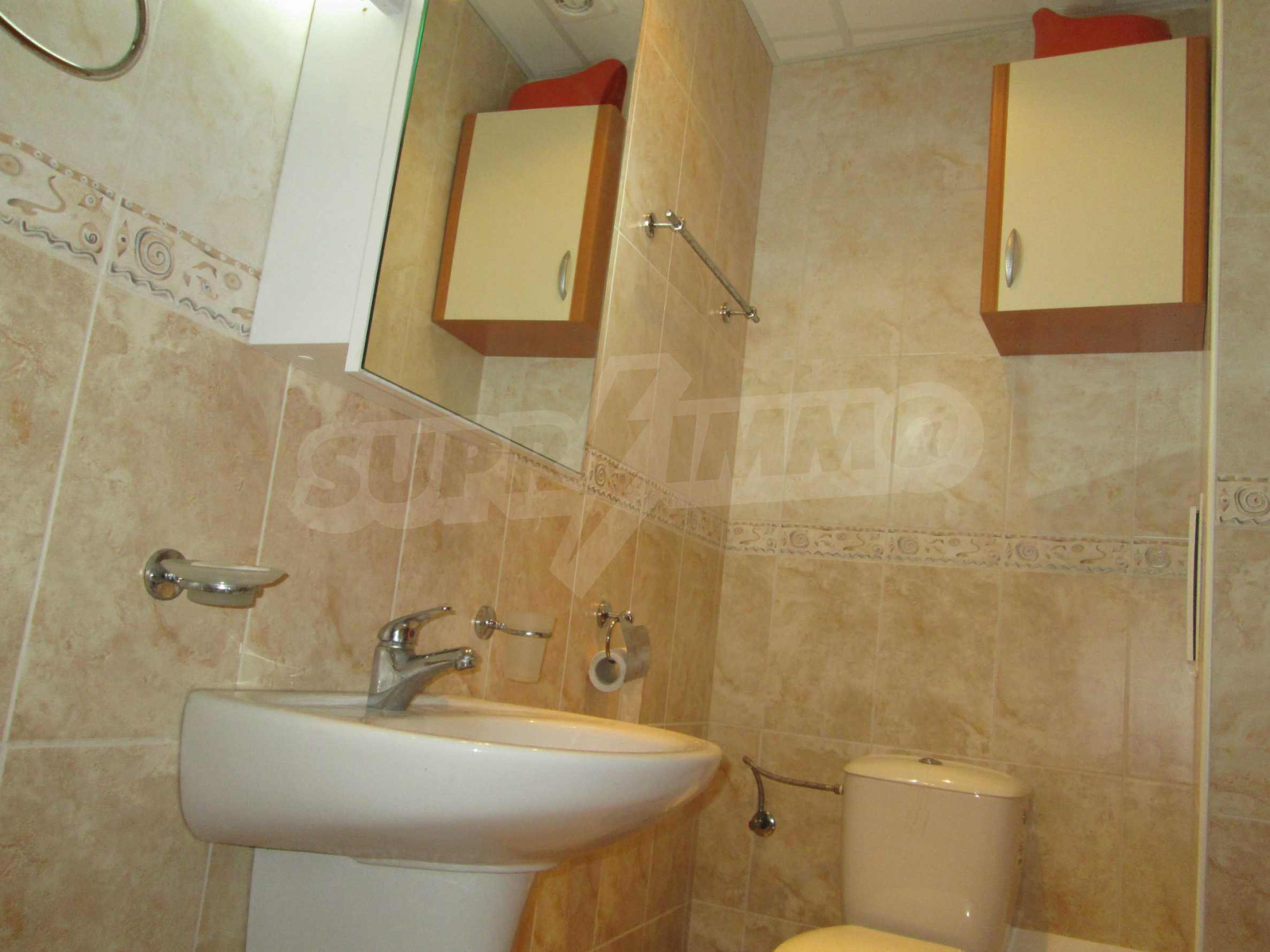 Fully furnished one-bedroom apartment on the sea 10
