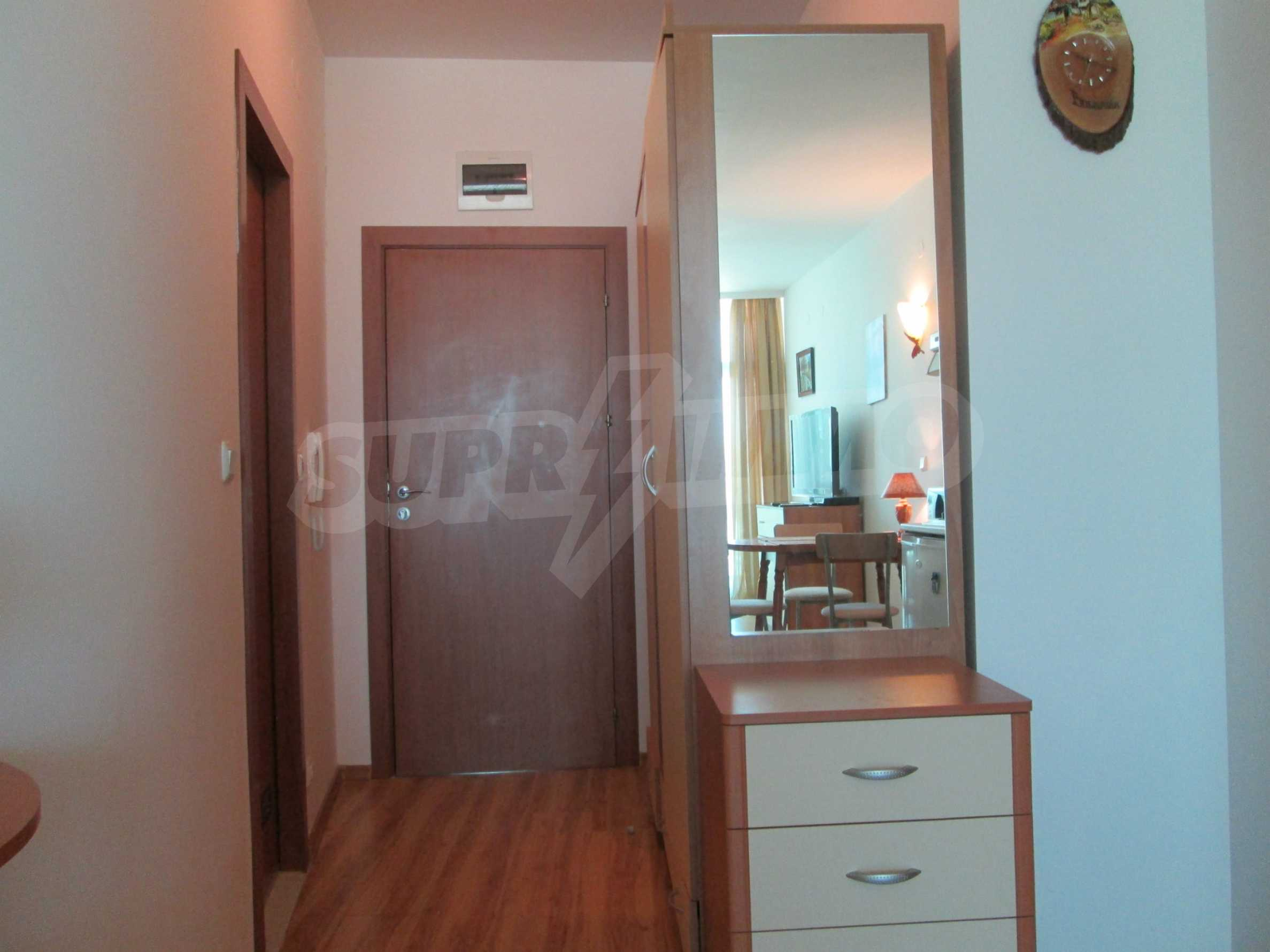 Fully furnished one-bedroom apartment on the sea 2