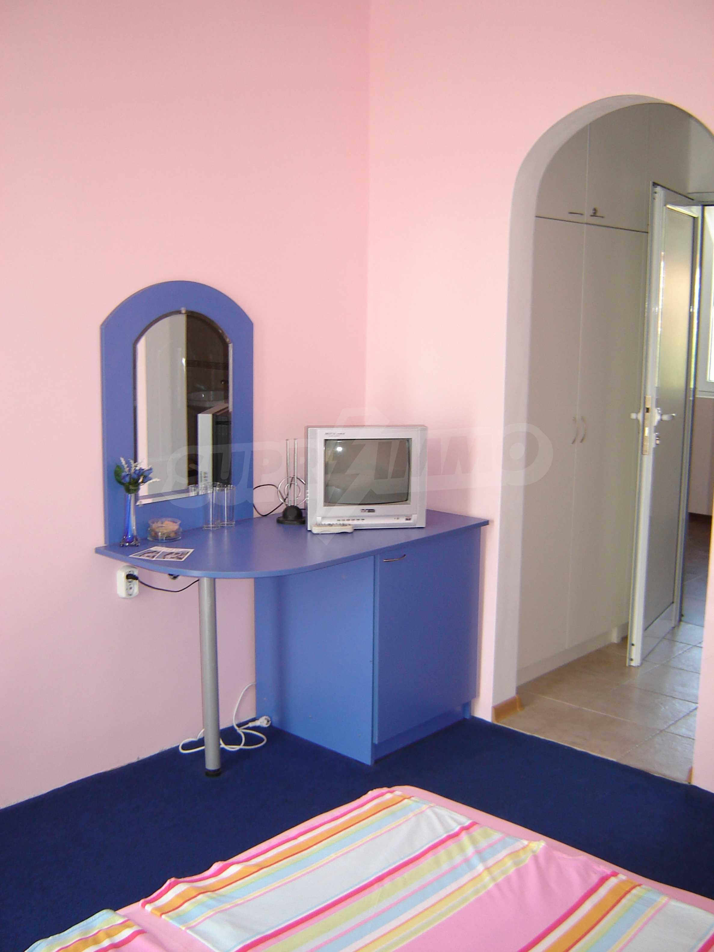 House of family hotel type for sale in Primorsko 14