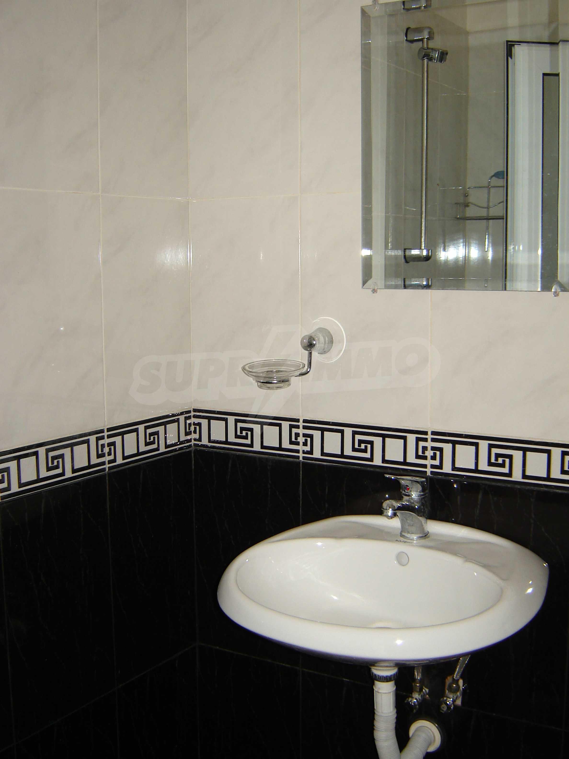 House of family hotel type for sale in Primorsko 17