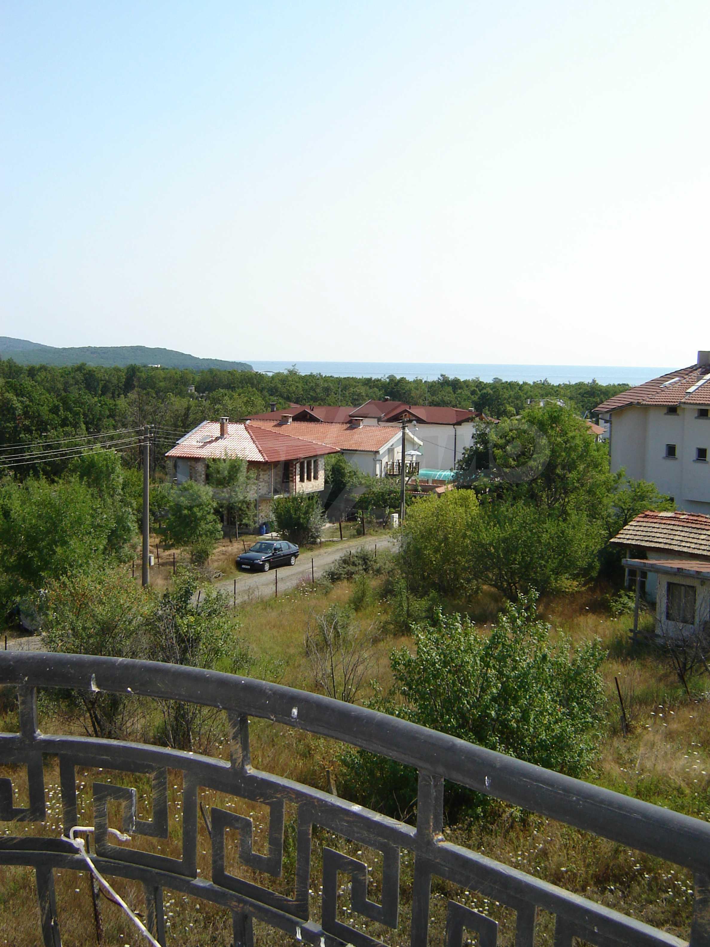 House of family hotel type for sale in Primorsko 26