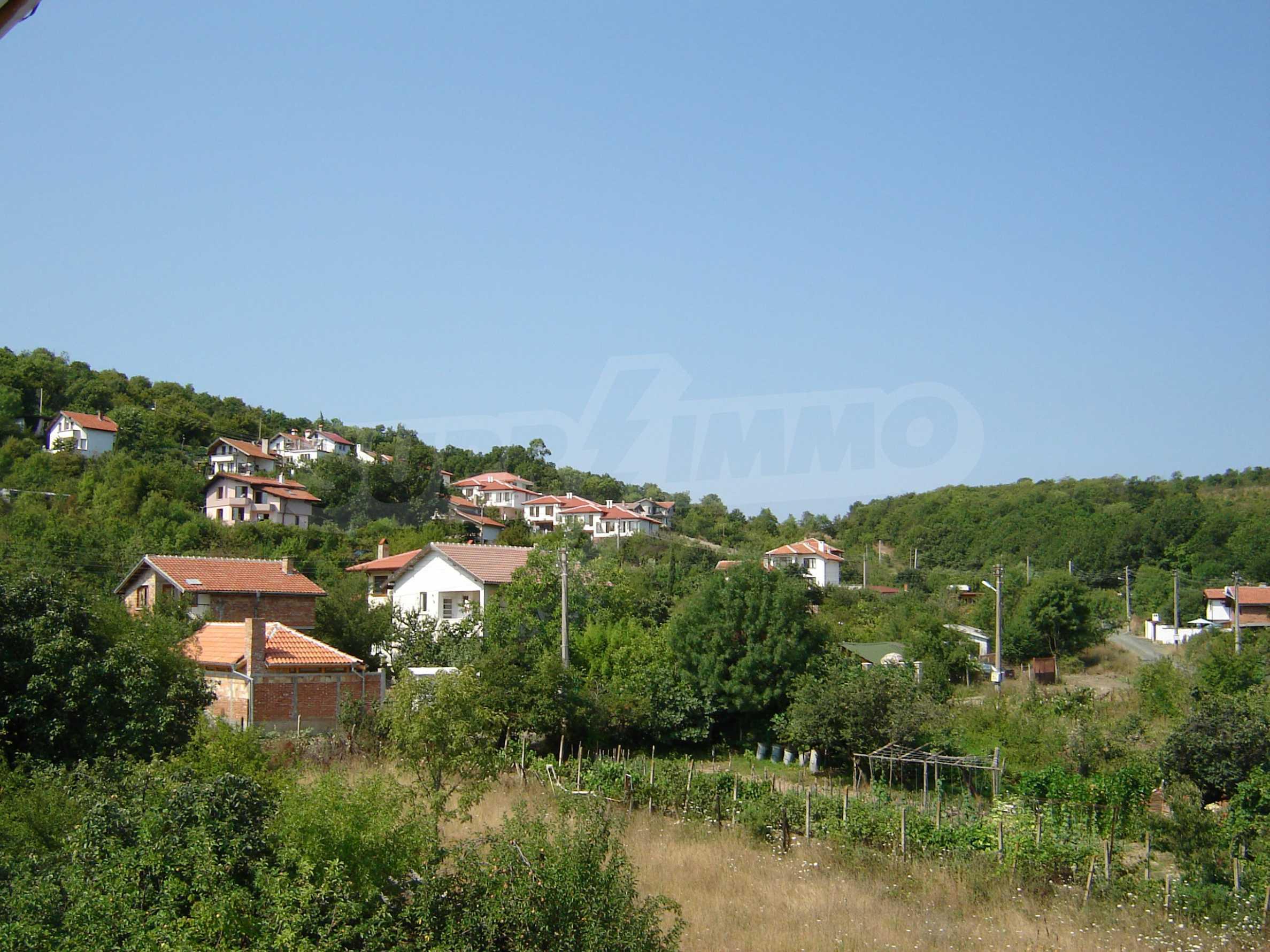 House of family hotel type for sale in Primorsko 28