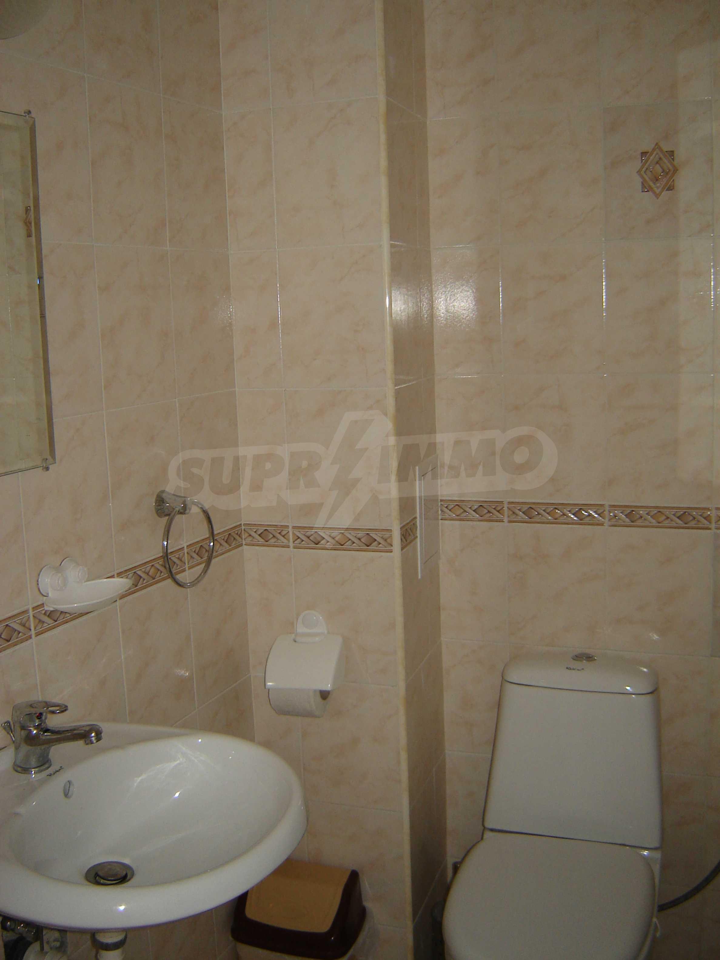 House of family hotel type for sale in Primorsko 8