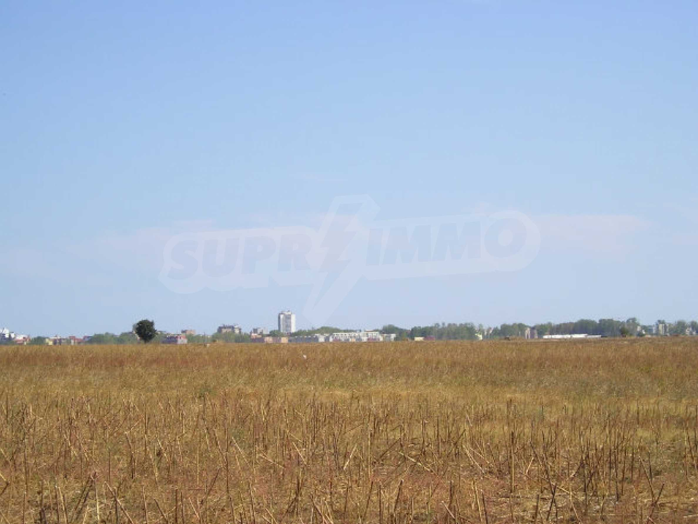Development land for sale near Sunny Beach 4