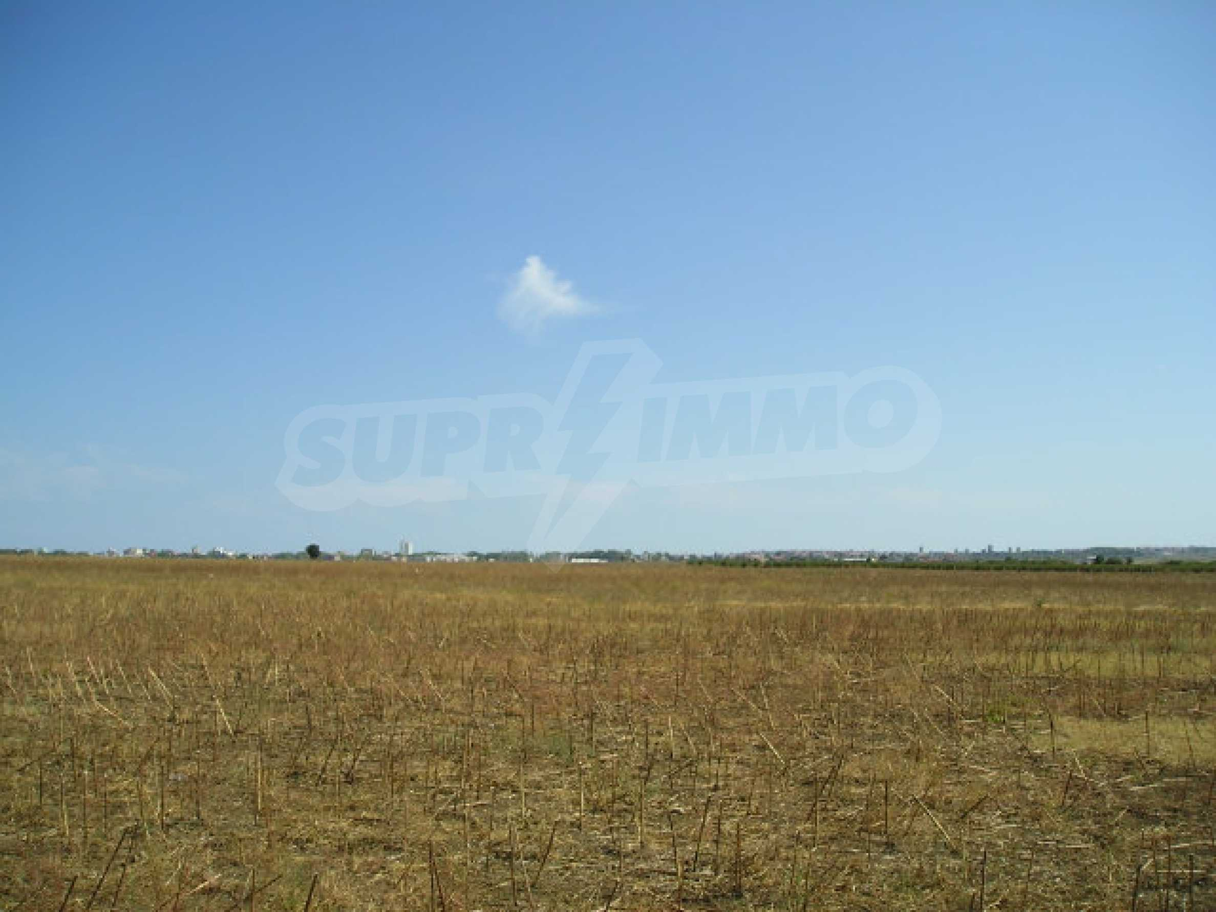 Development land for sale near Sunny Beach 5