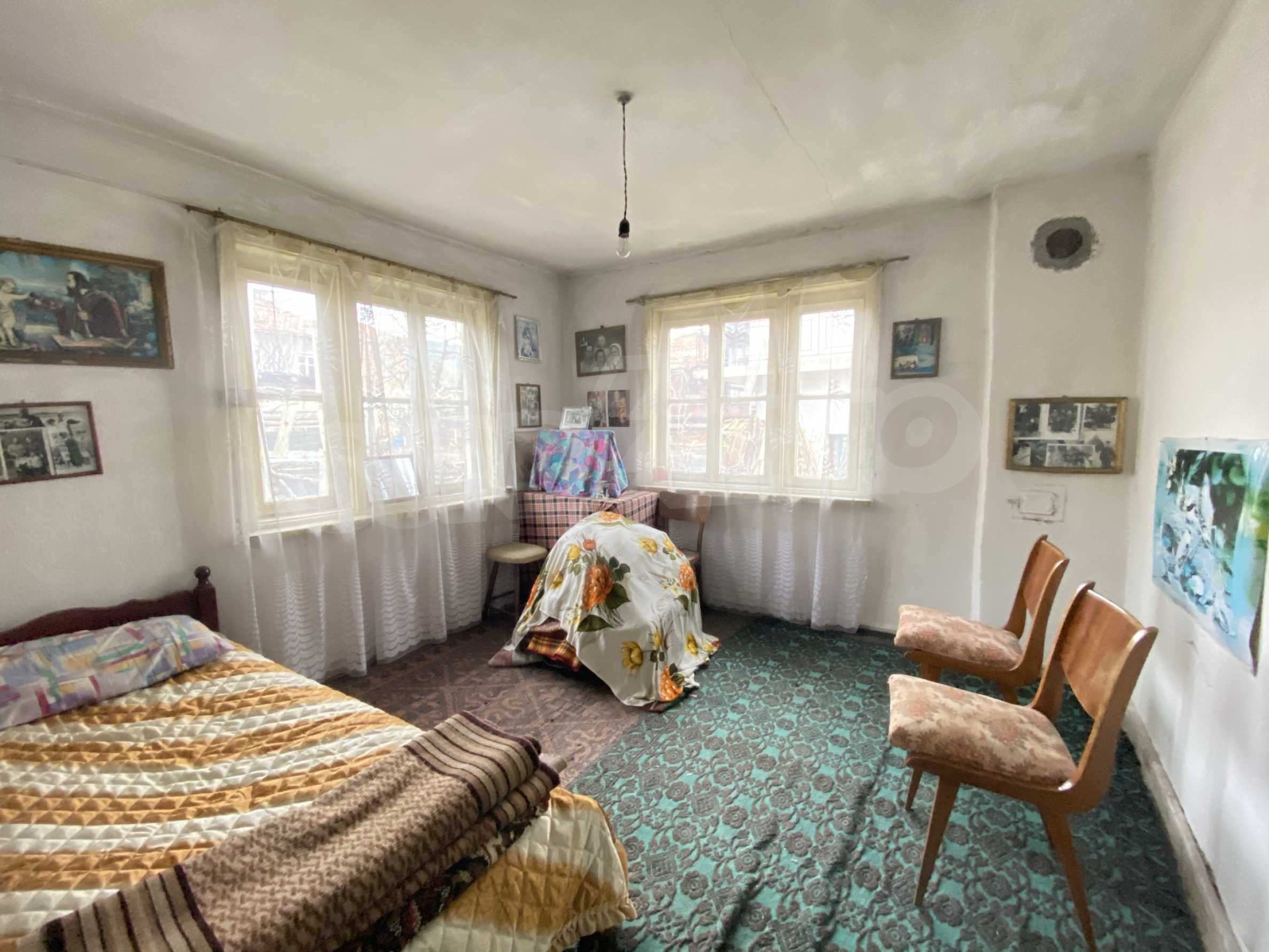 House with a spacious yard for sale in Dobrinishte SPA and ski resort 5