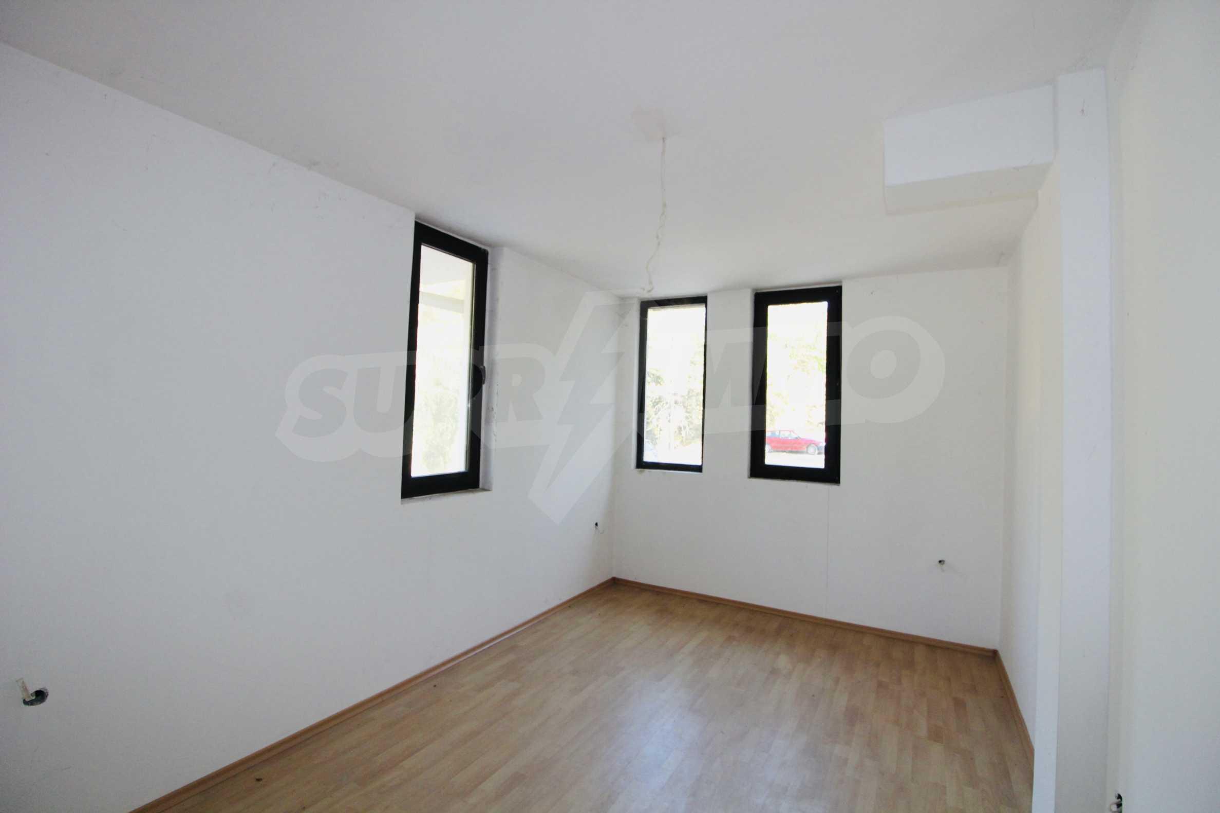 Zwei-Zimmer-Wohnung mit Parkplatz und Keller in der berühmten architektonischen Reserve Arbanassi 5