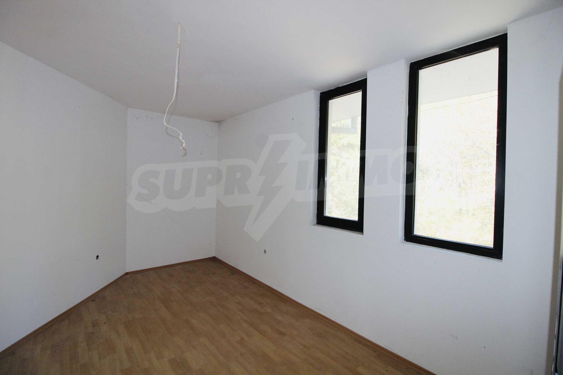 Zwei-Zimmer-Wohnung mit Parkplatz und Keller in der berühmten architektonischen Reserve Arbanassi 7