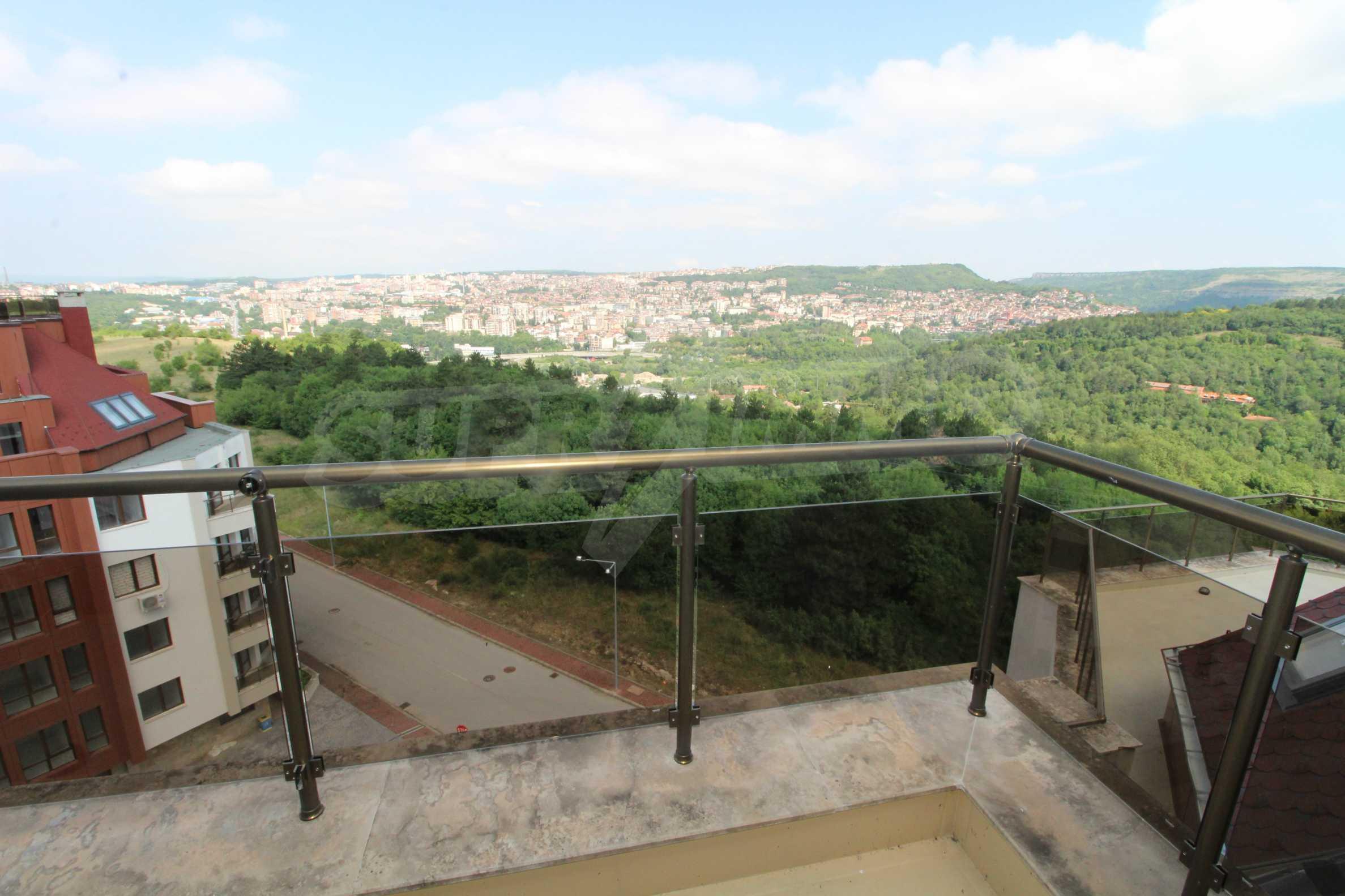 Veliko Tarnovo Hills  23