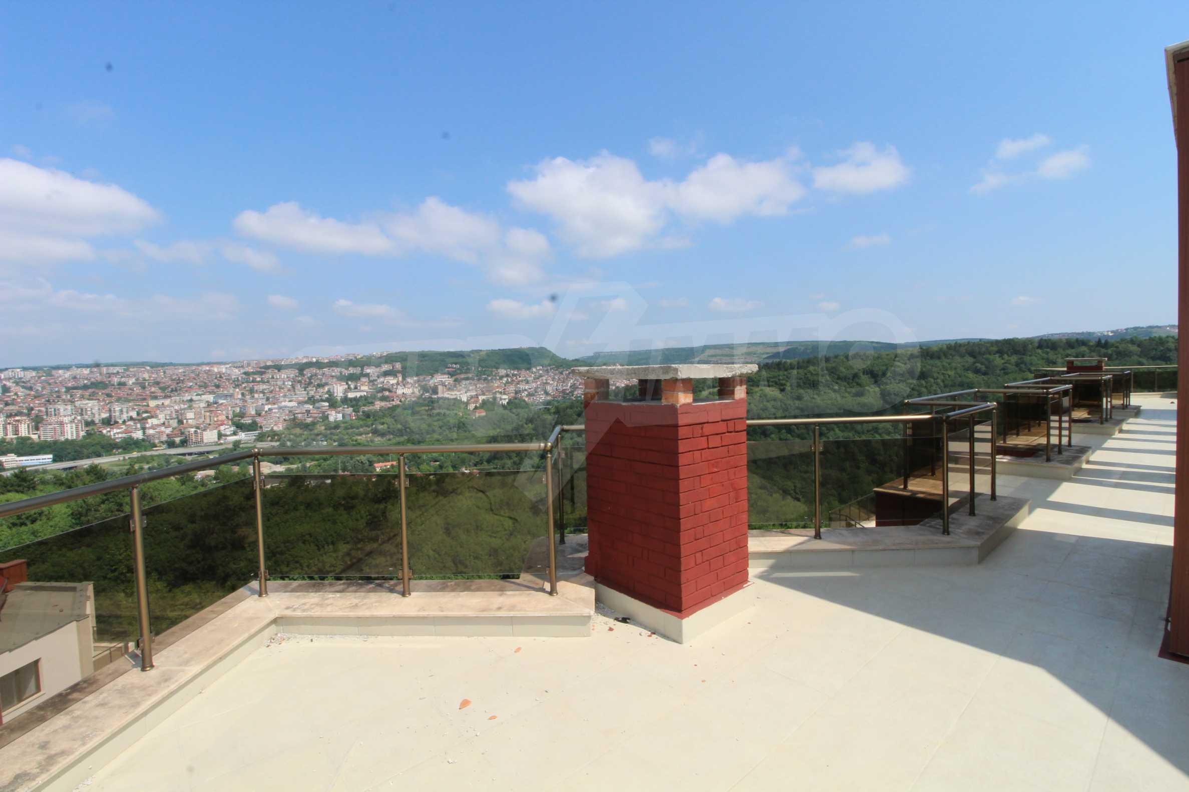 Veliko Tarnovo Hills  25