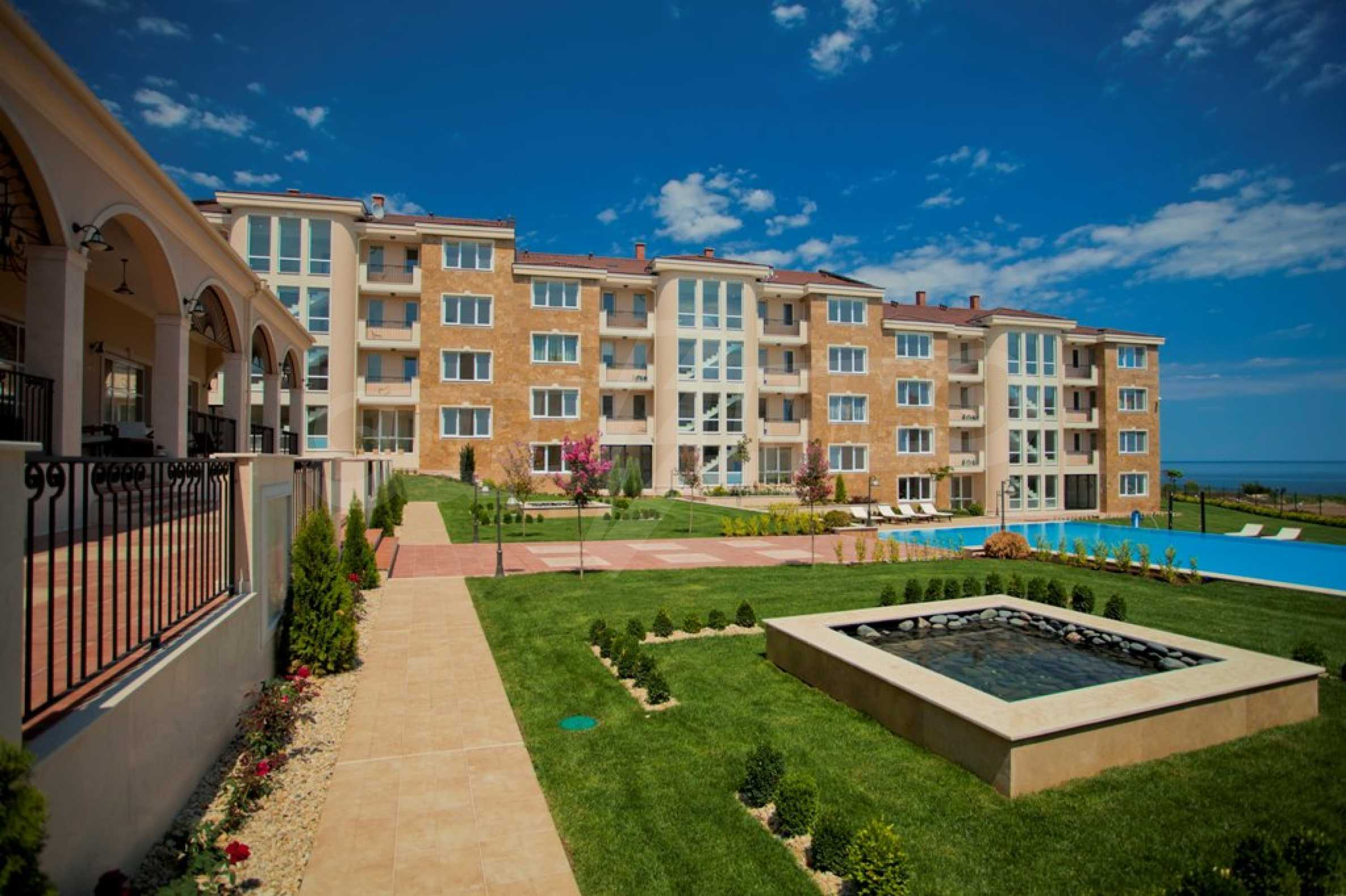 New apartment complex Atia resort in Chernomorets 12