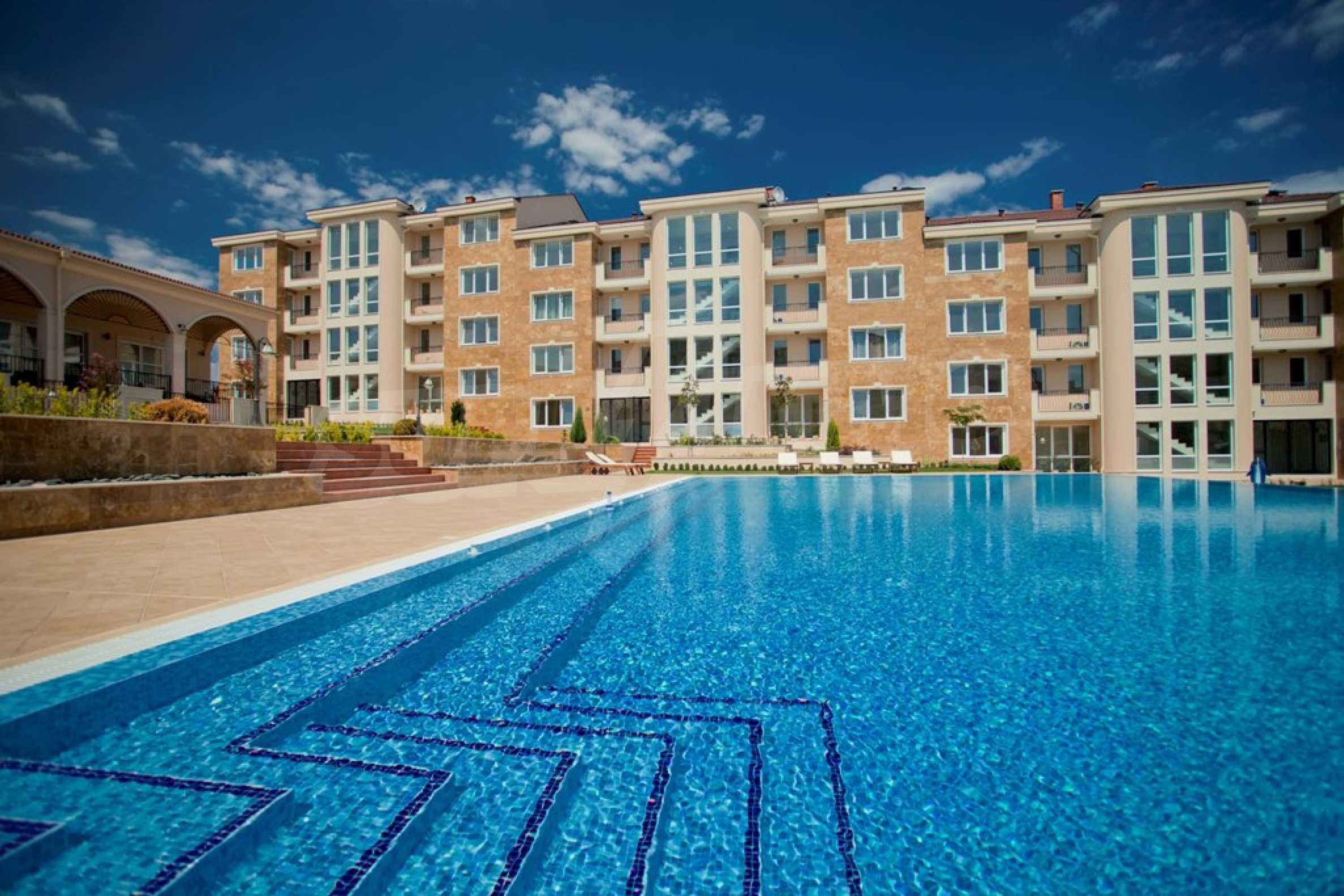 New apartment complex Atia resort in Chernomorets 6