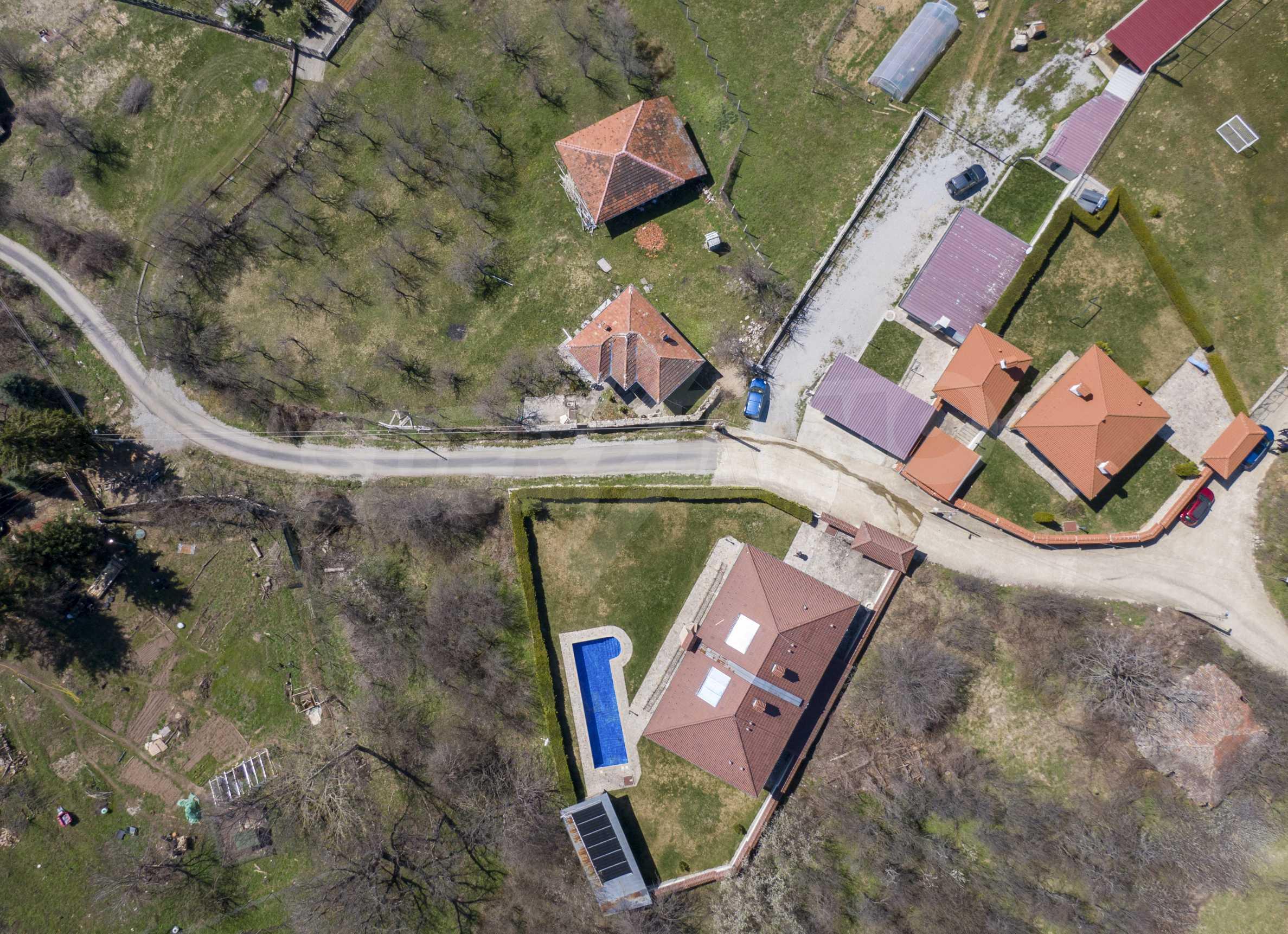 Zwei Doppelhäuser mit Swimmingpool in einem gemeinsamen Hof, nur 5 km vom Yovkovtsi-Damm entfernt 53
