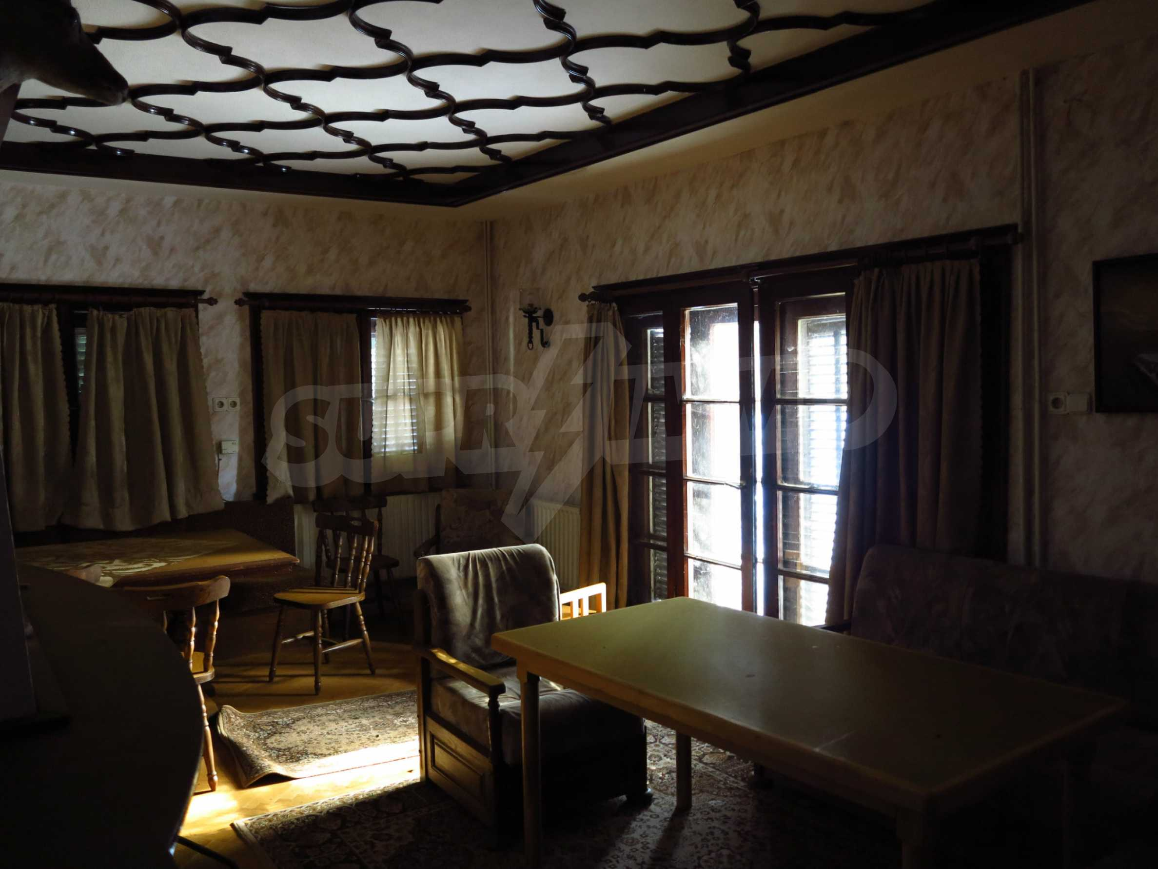 Großes Grundstück mit zweistöckiger Villa im Skigebiet Borovets 11