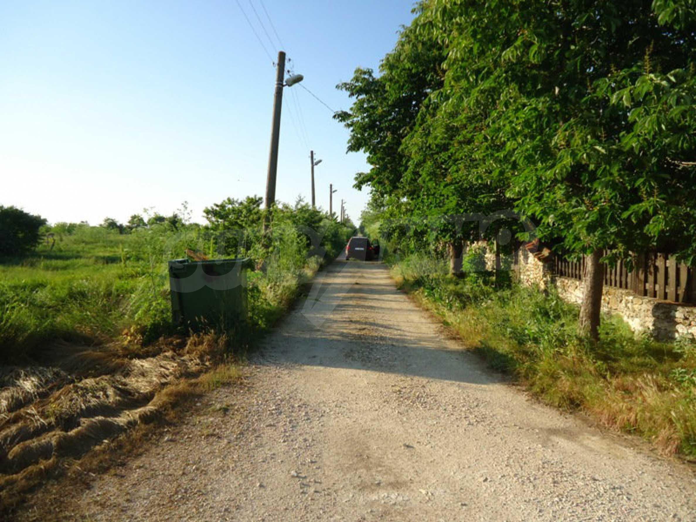 Geregeltes Land im Dorf Kamen Bryag 8