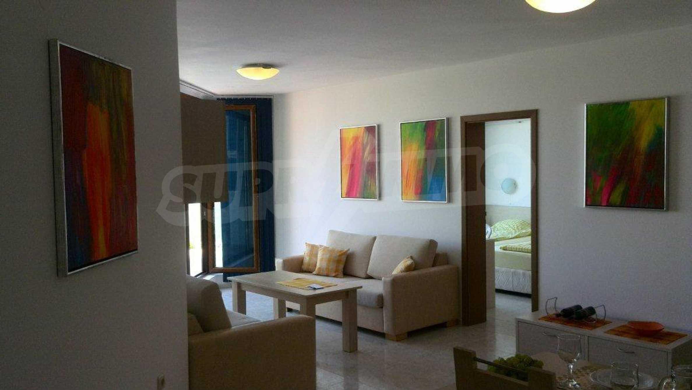 Luxus-Apartment mit zwei Schlafzimmern im Komplex Prestige City 2 in Primorsko 1