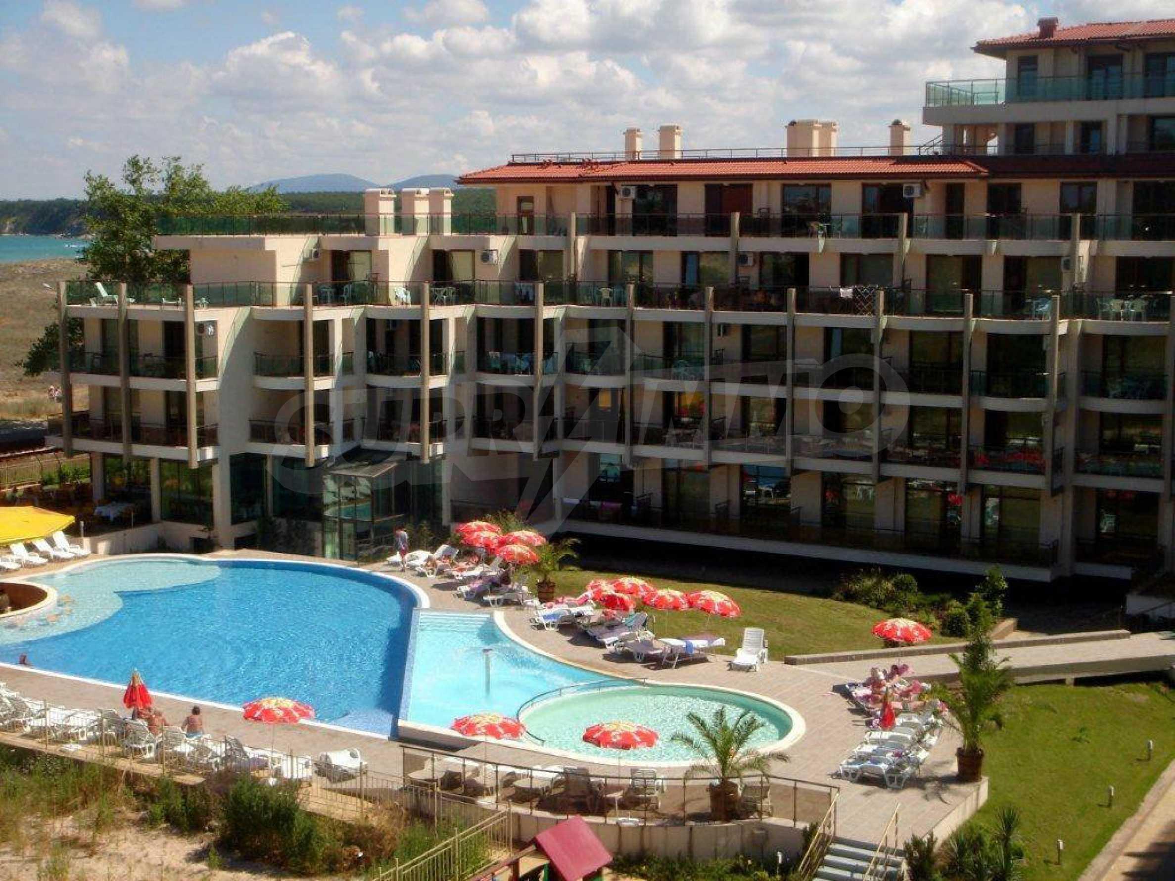 Luxus-Apartment mit zwei Schlafzimmern im Komplex Prestige City 2 in Primorsko 11
