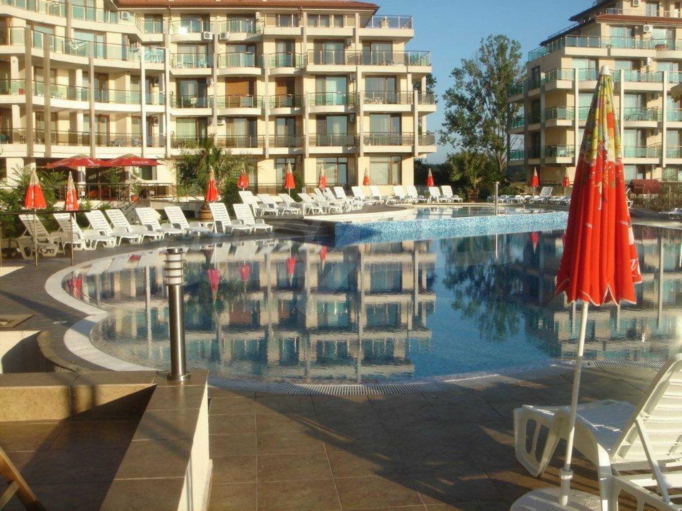 Luxus-Apartment mit zwei Schlafzimmern im Komplex Prestige City 2 in Primorsko 15
