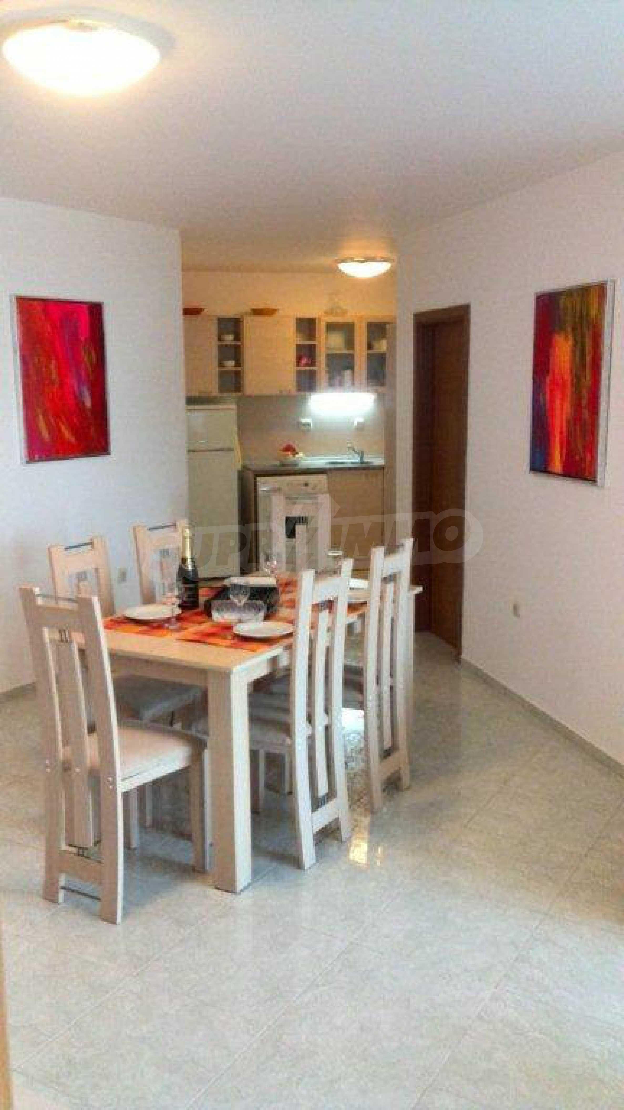 Luxus-Apartment mit zwei Schlafzimmern im Komplex Prestige City 2 in Primorsko 2