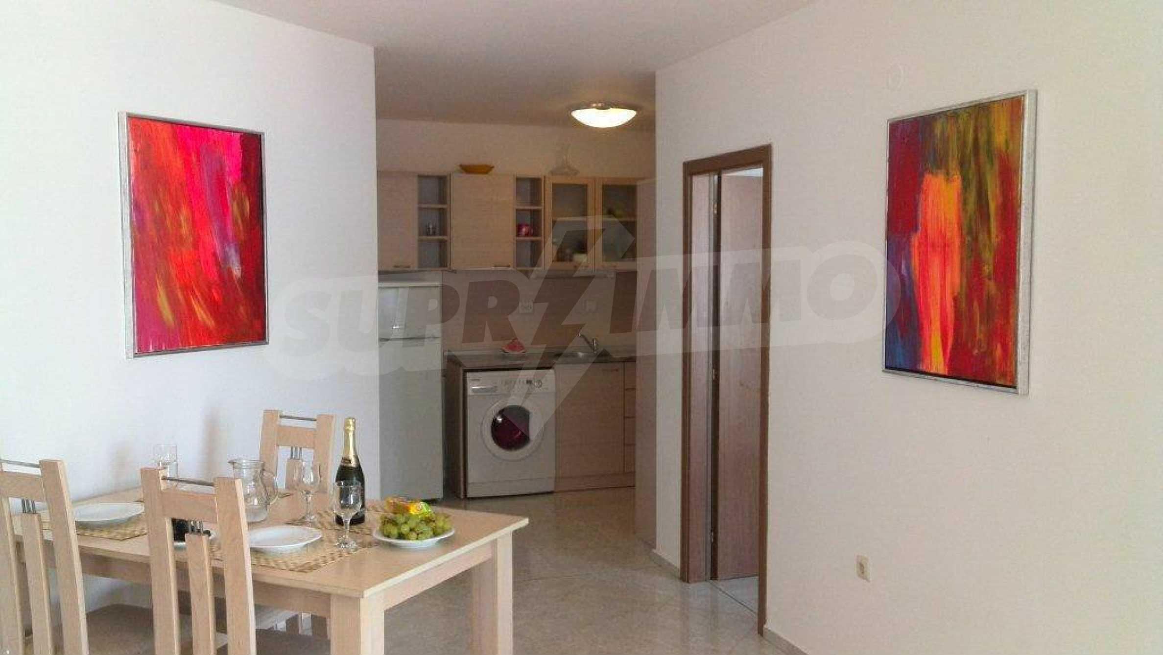 Luxus-Apartment mit zwei Schlafzimmern im Komplex Prestige City 2 in Primorsko 3