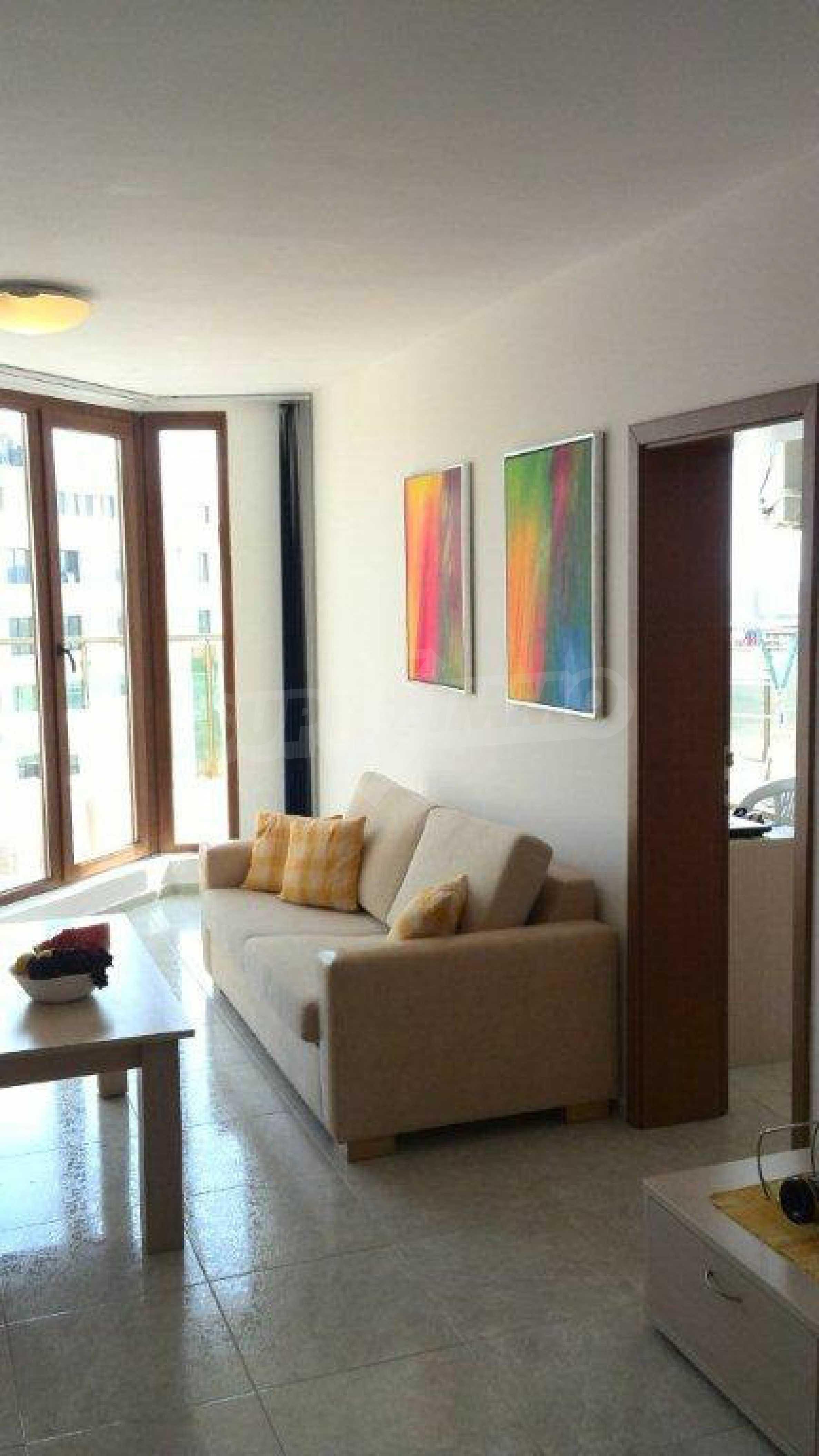 Luxus-Apartment mit zwei Schlafzimmern im Komplex Prestige City 2 in Primorsko 5