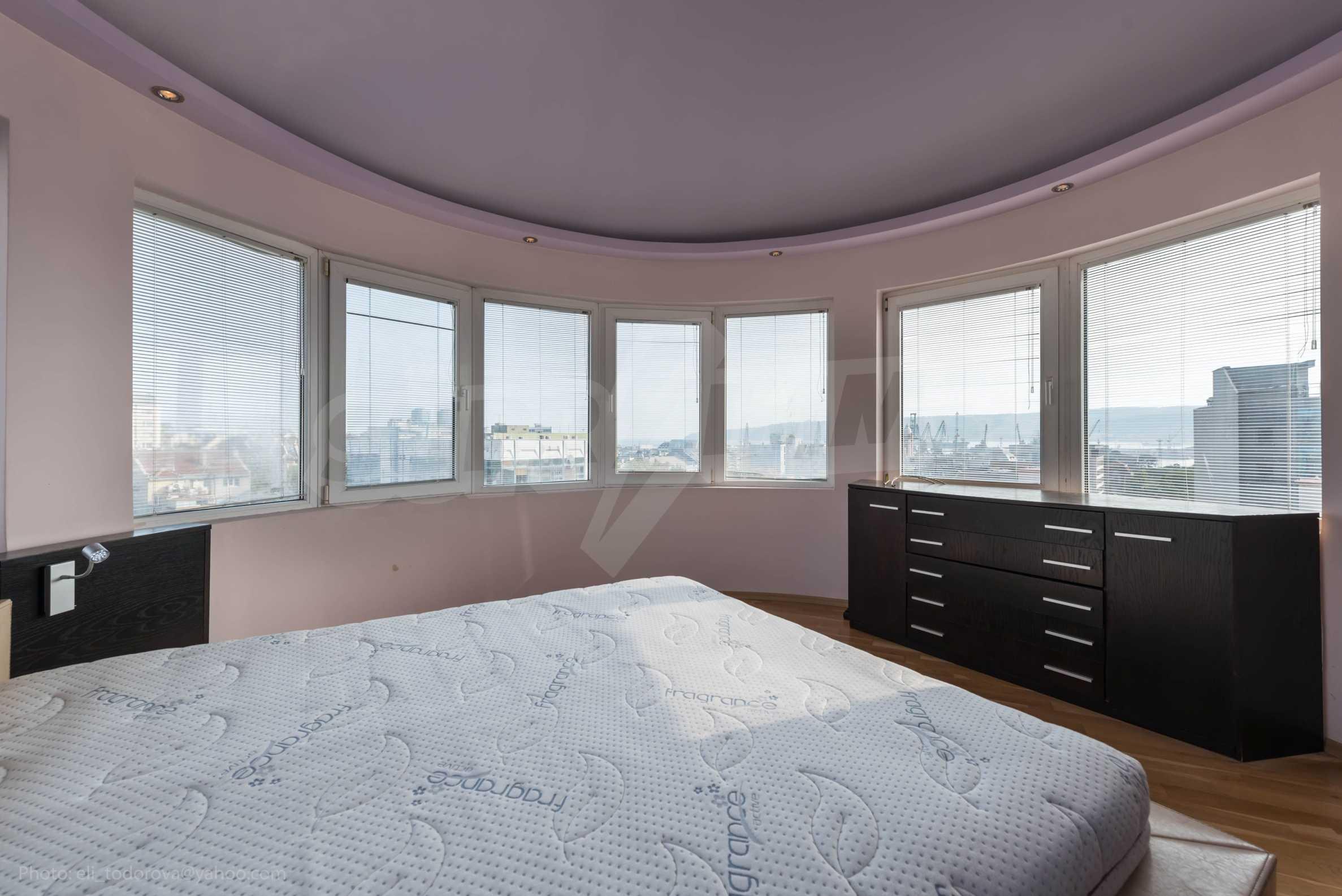 Квартира «Миша» - отличная трехкомнатная недвижимость в идеальном центре. 20