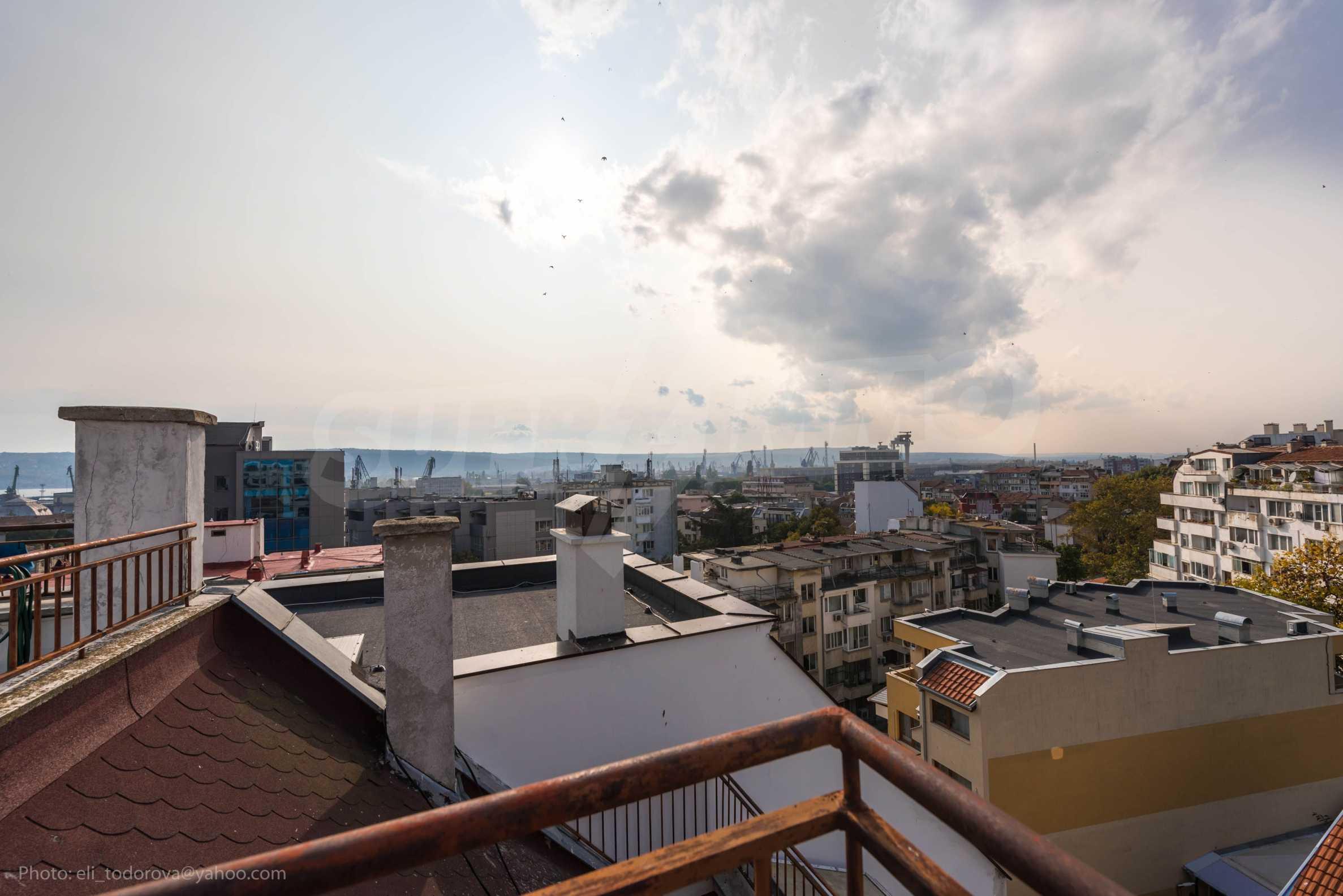 Квартира «Миша» - отличная трехкомнатная недвижимость в идеальном центре. 27