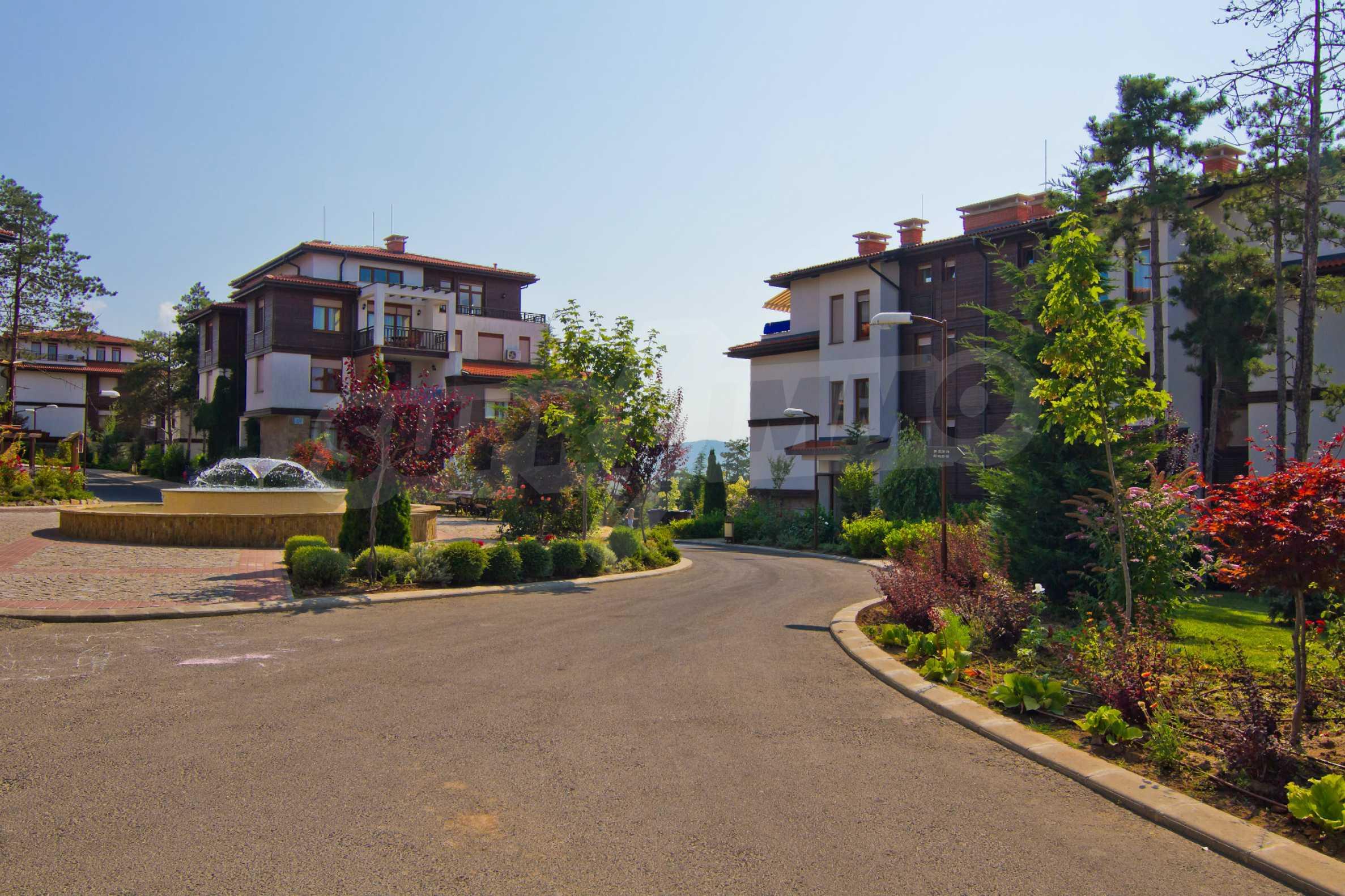 Впечатляващ комплекс с ваканционни жилища в близост до Созопол 20