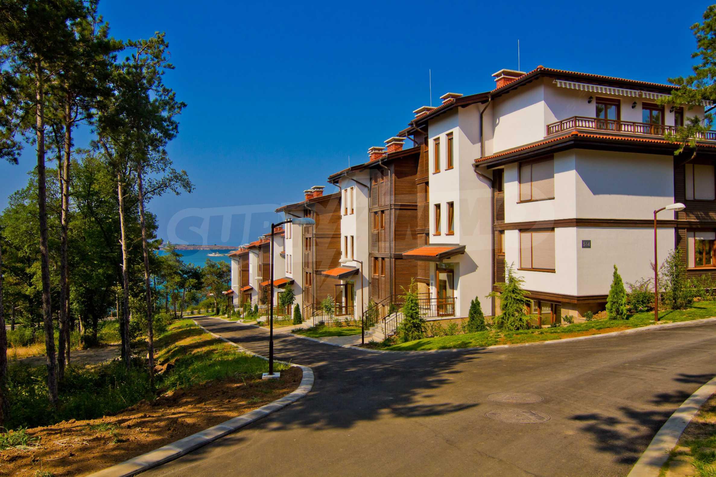 Впечатляващ комплекс с ваканционни жилища в близост до Созопол 18