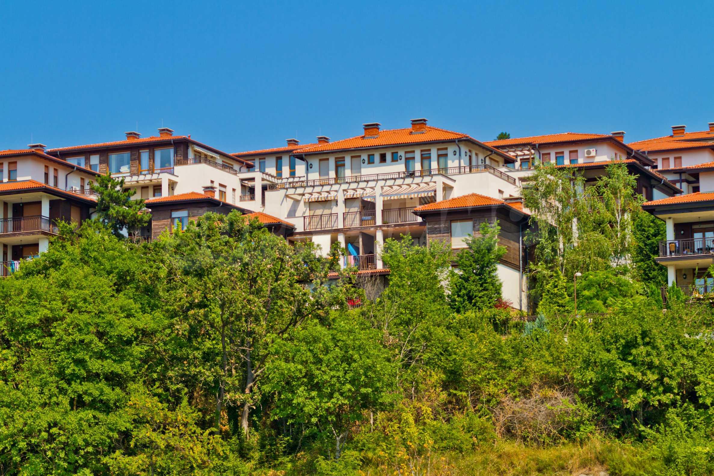 Впечатляващ комплекс с ваканционни жилища в близост до Созопол 24