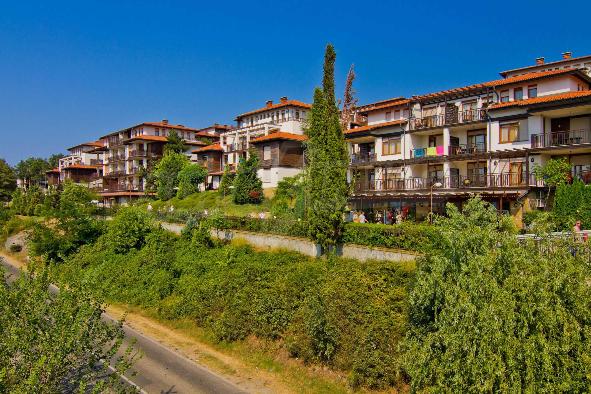 Впечатляващ комплекс с ваканционни жилища в близост до Созопол 27