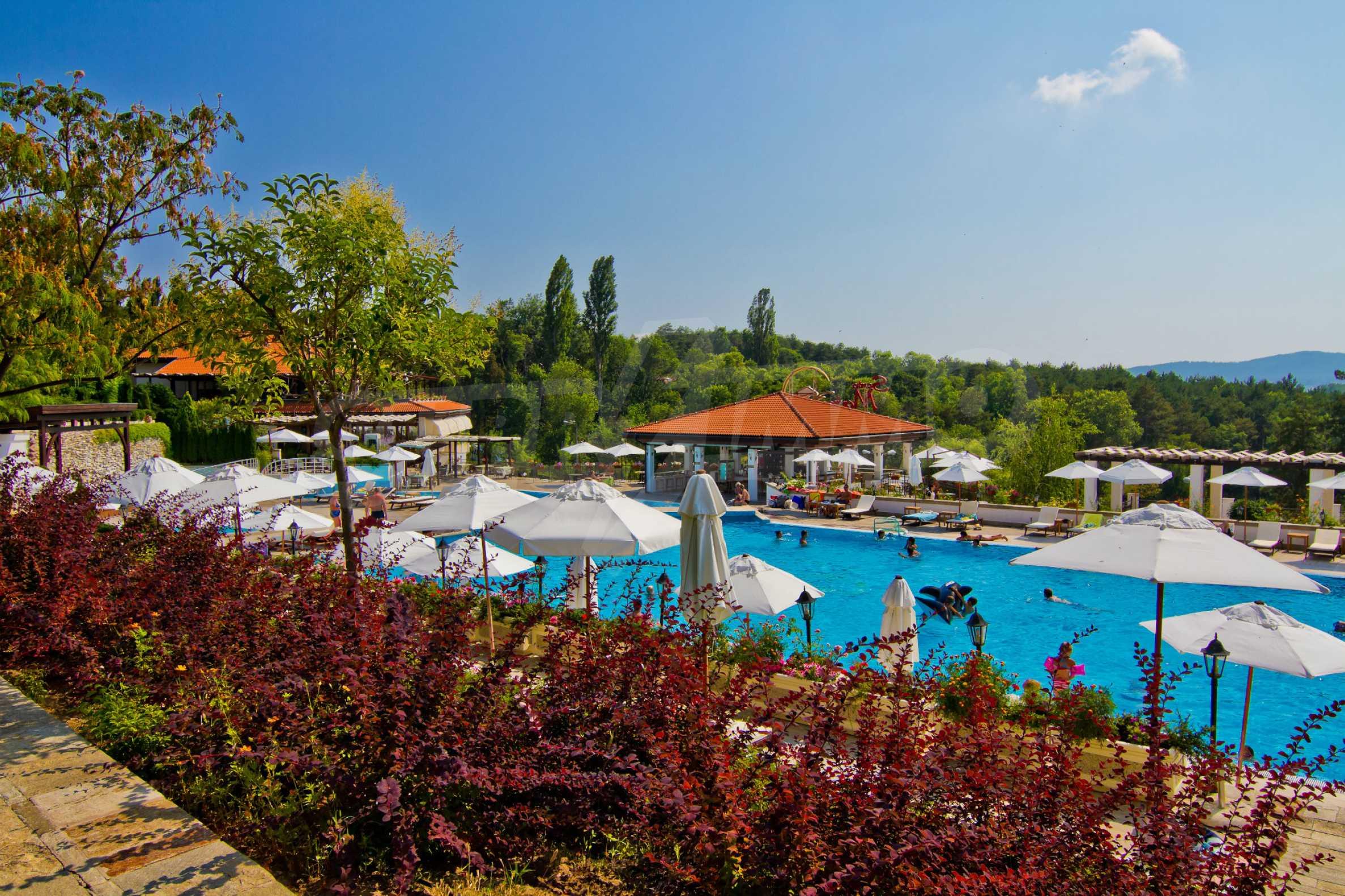 Впечатляващ комплекс с ваканционни жилища в близост до Созопол 33