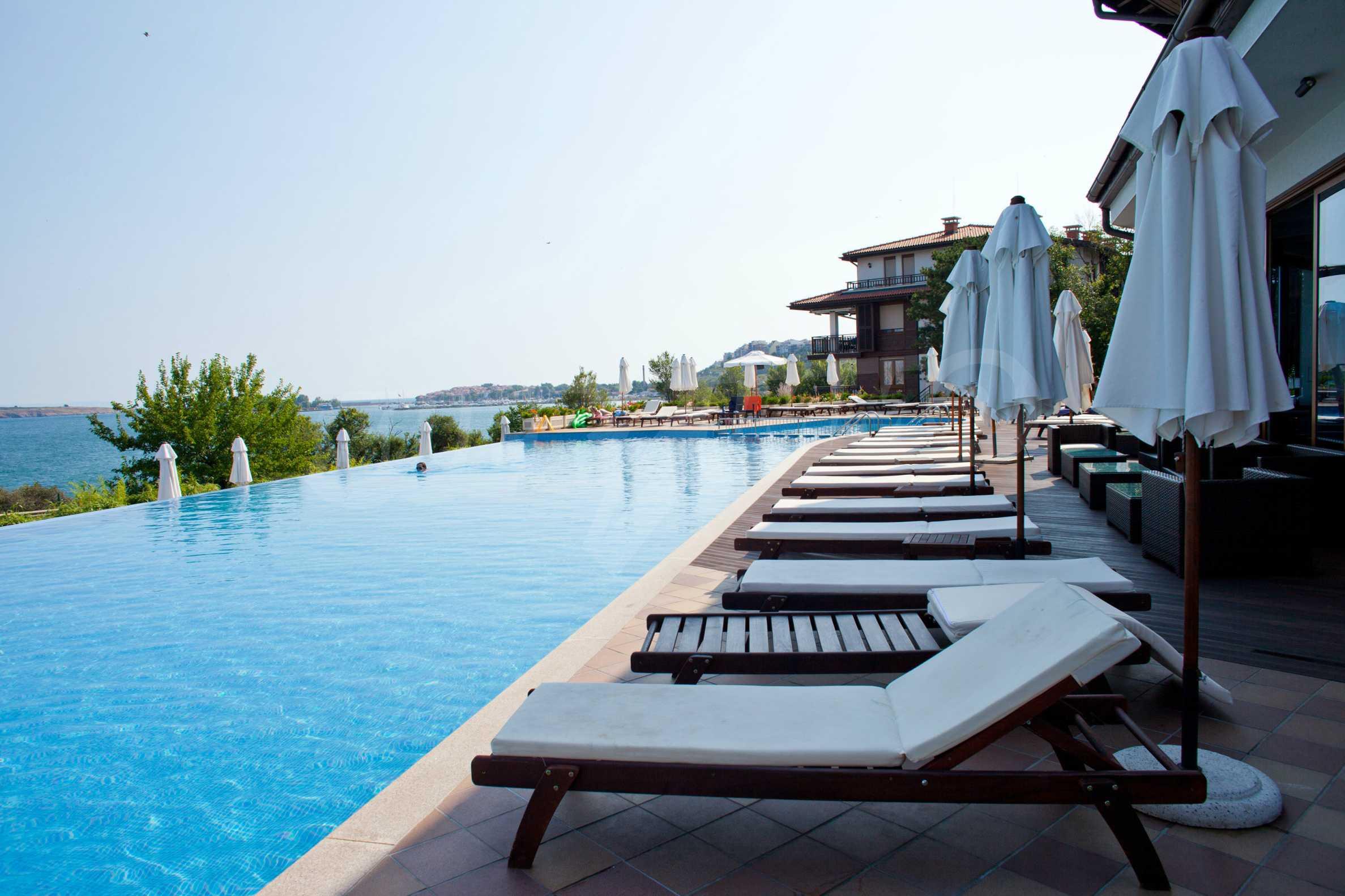 Впечатляващ комплекс с ваканционни жилища в близост до Созопол 39