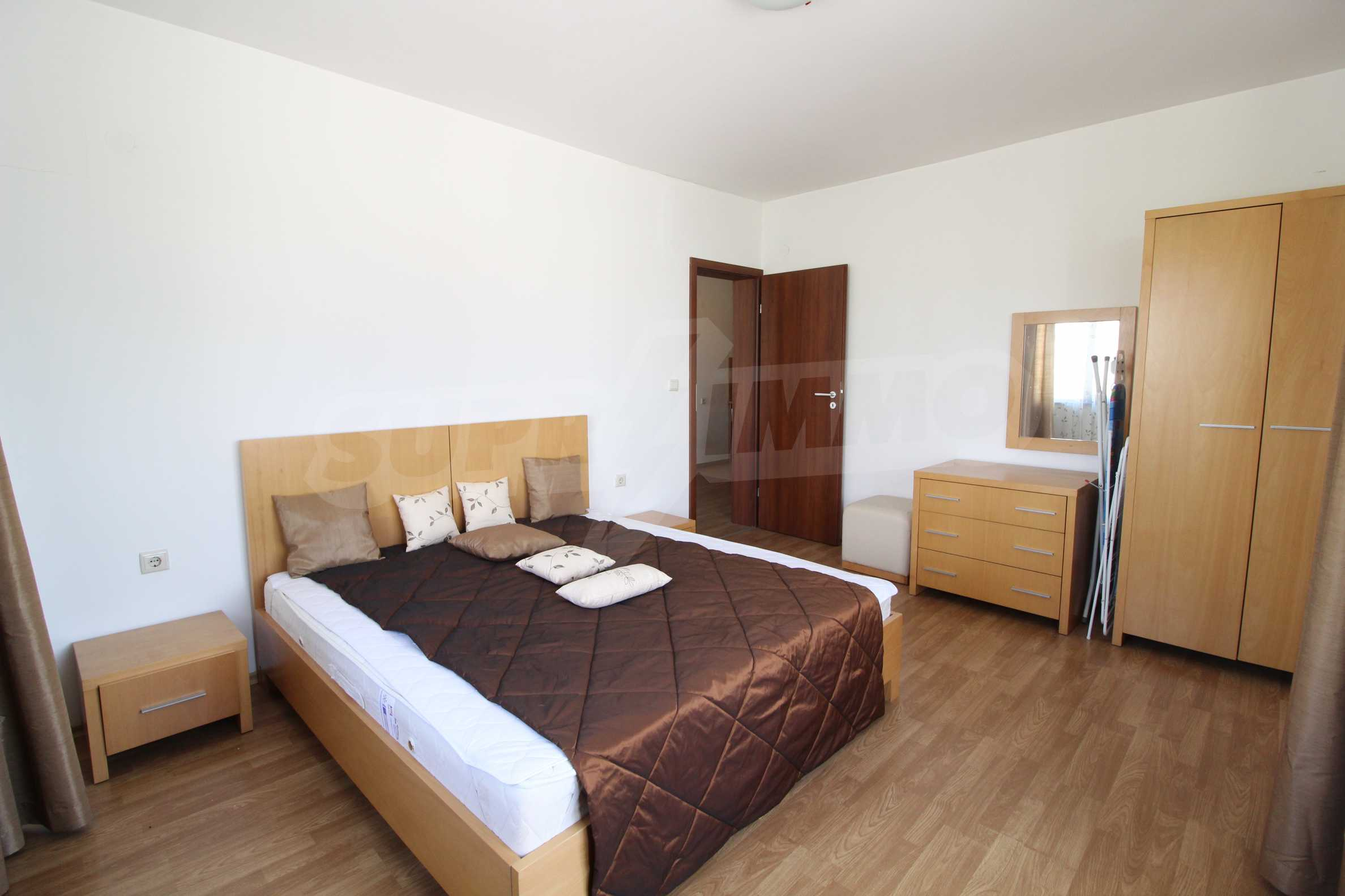 Furnished two-bedroom apartment located in Top Lodge complex, just meters from the ski lift in Bansko 4