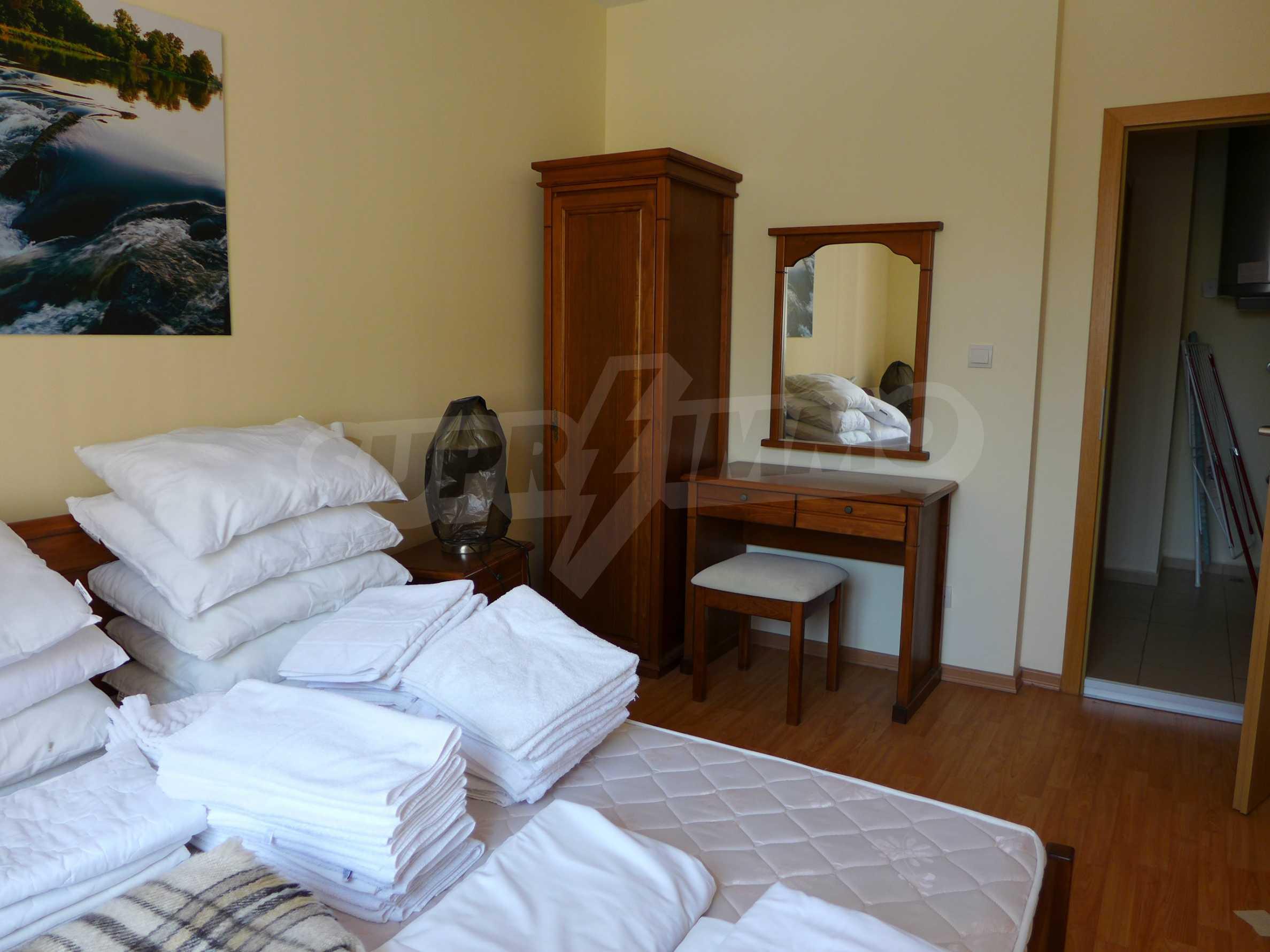 Schöne Wohnung mit zwei Schlafzimmern im Paradise Garden Complex 10