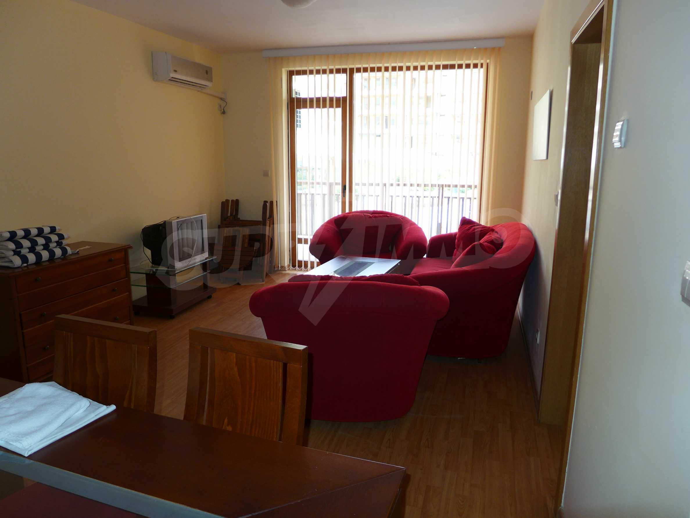 Schöne Wohnung mit zwei Schlafzimmern im Paradise Garden Complex 3