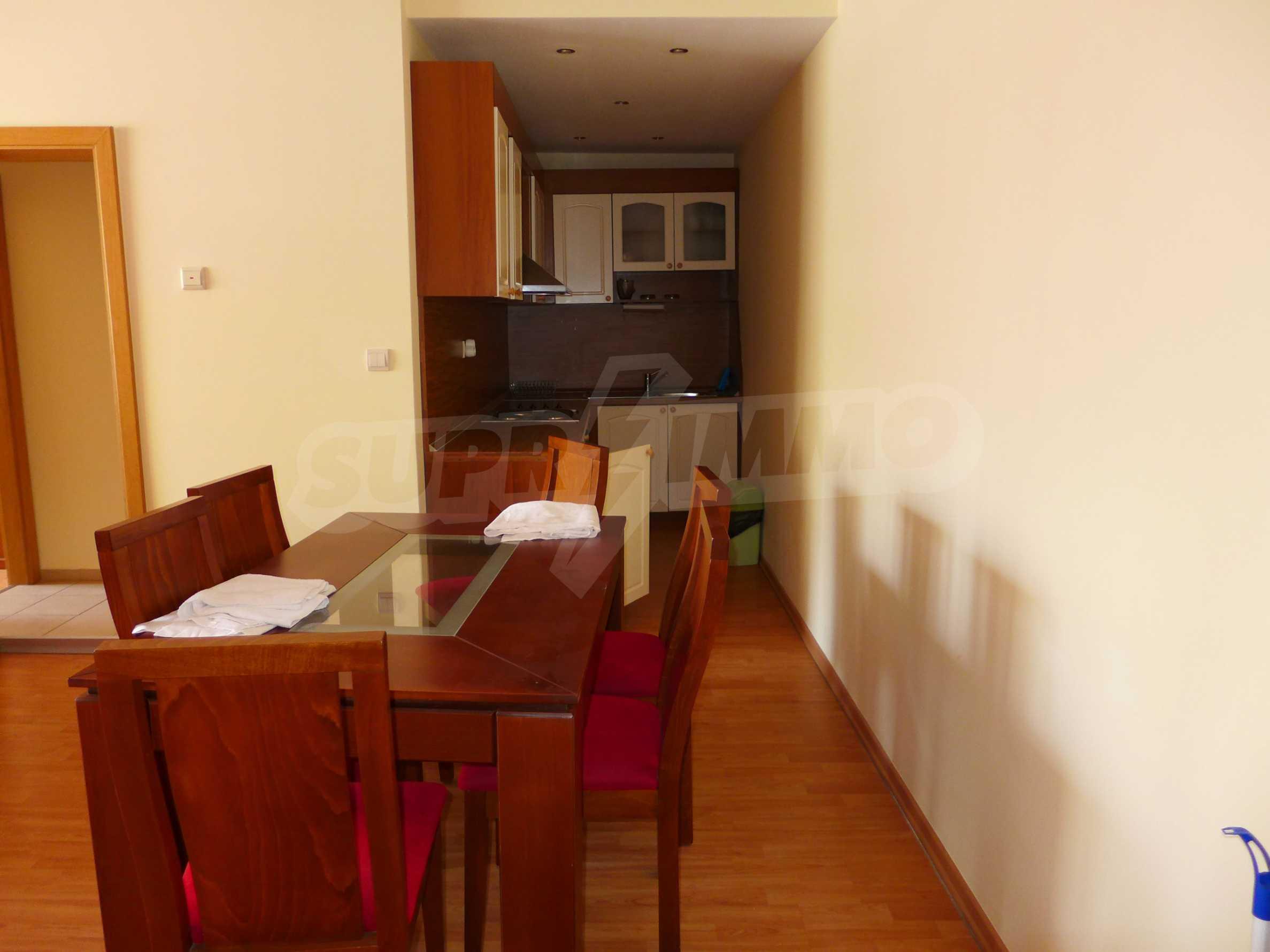 Schöne Wohnung mit zwei Schlafzimmern im Paradise Garden Complex 4