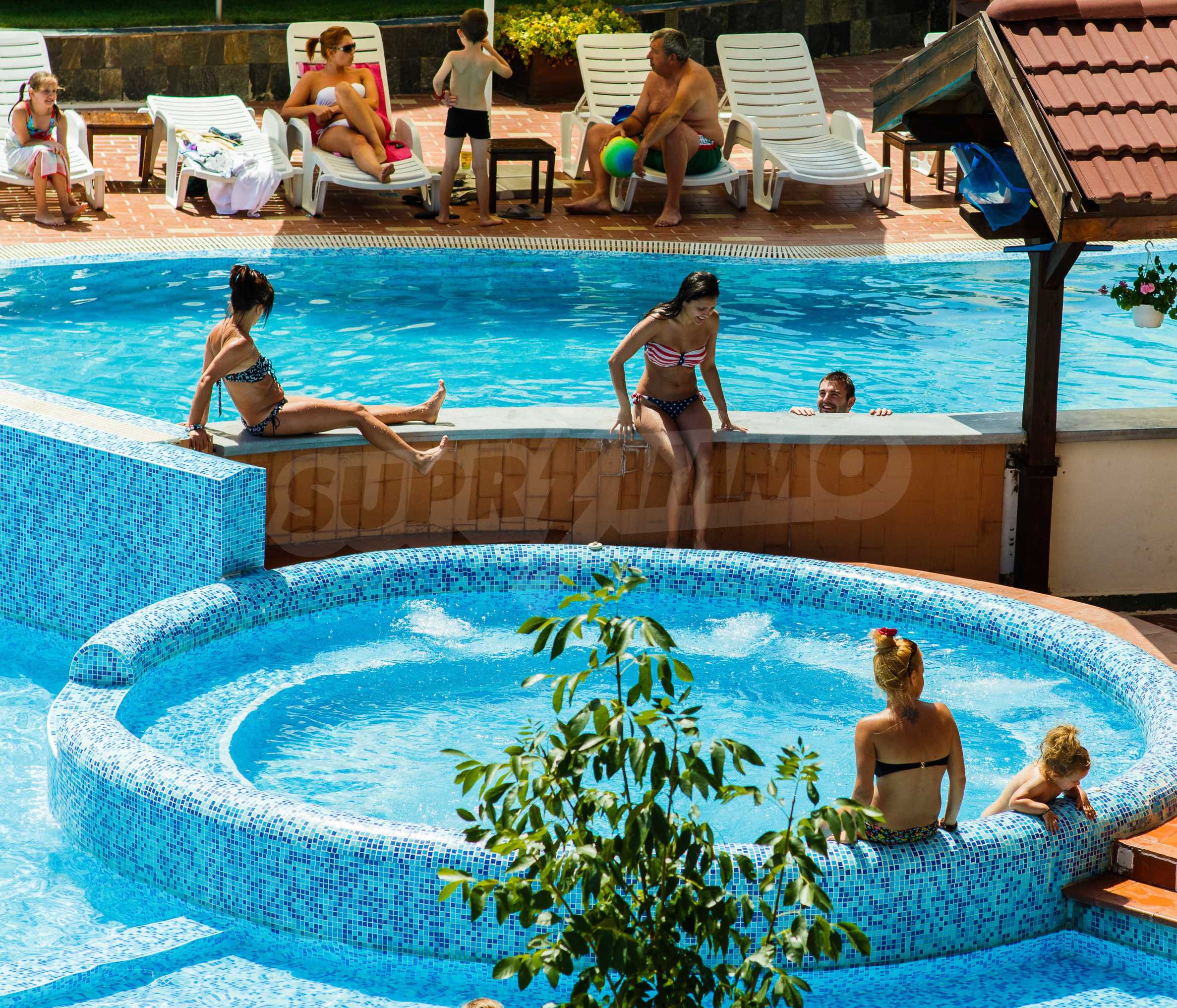 Belvedere Holiday Club 18