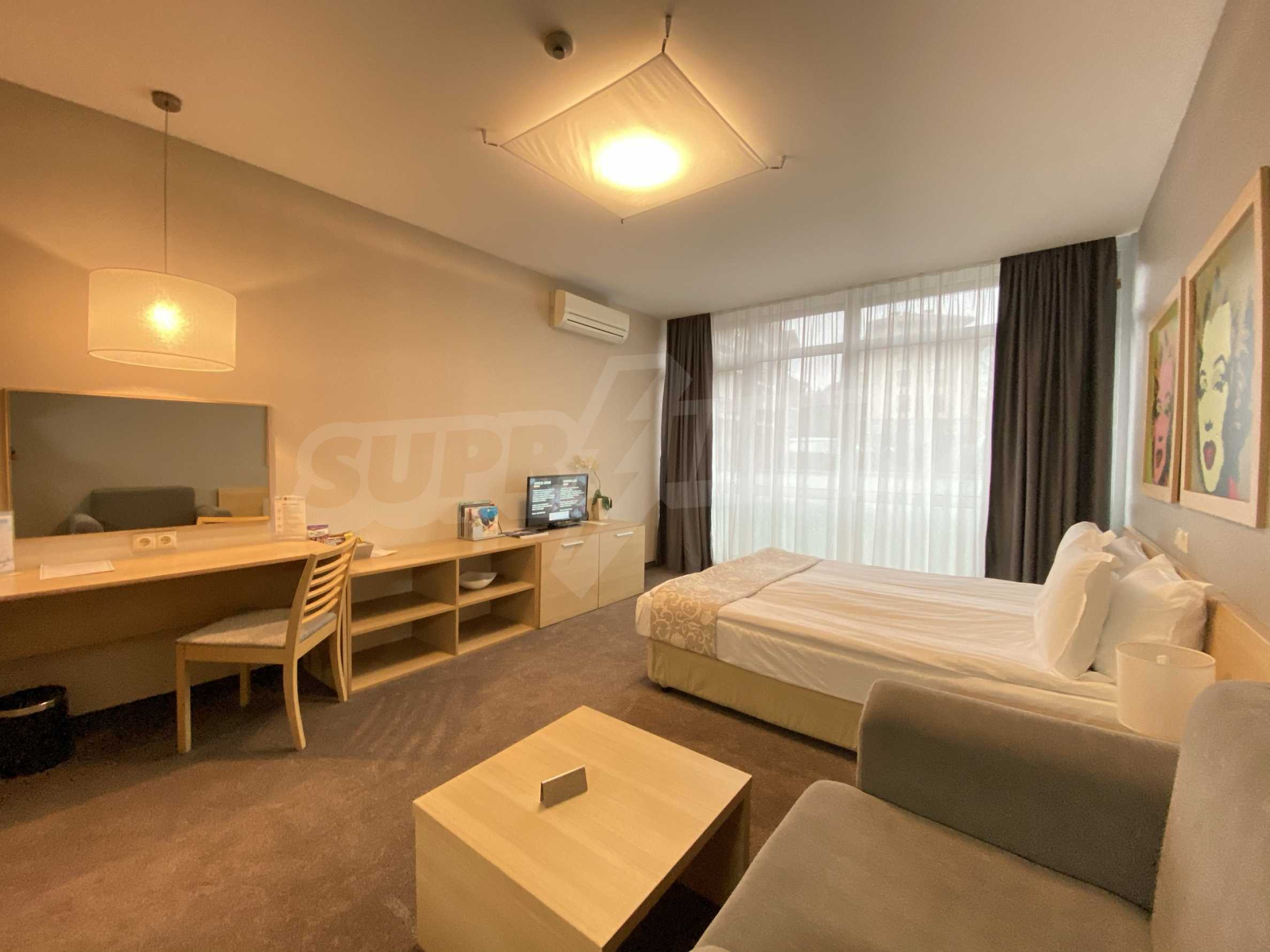 Stylishly furnished studio with southern exposure in Lucky Bansko complex