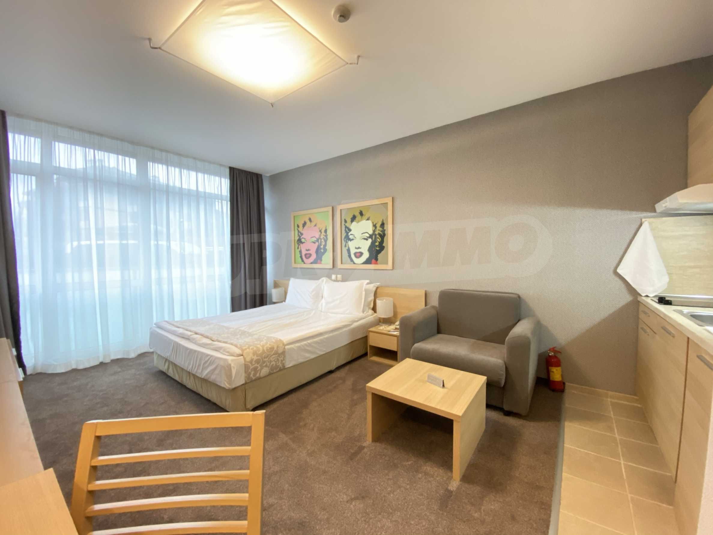 Stylishly furnished studio with southern exposure in Lucky Bansko complex 3
